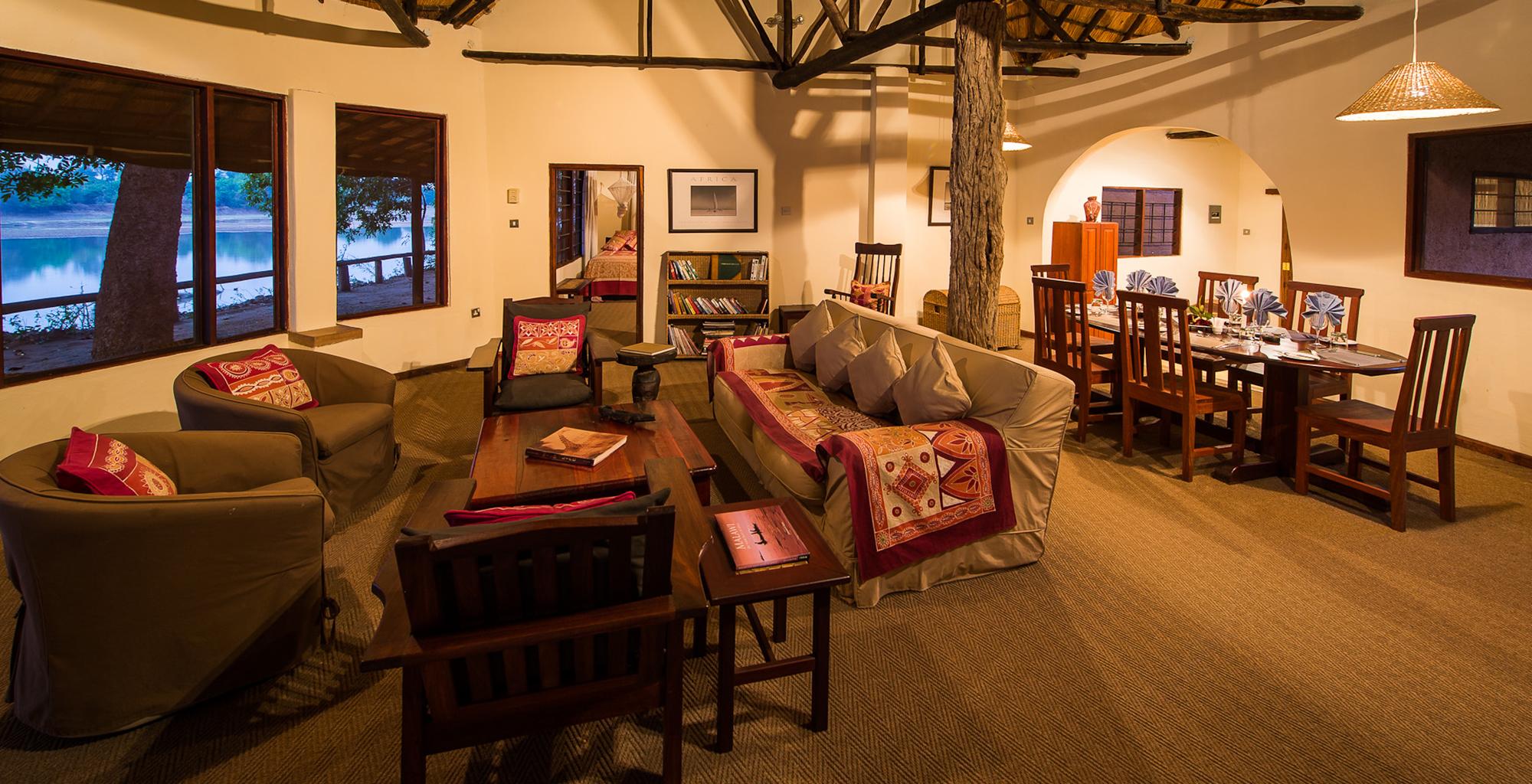 Zambia-Robins-House-Lounge