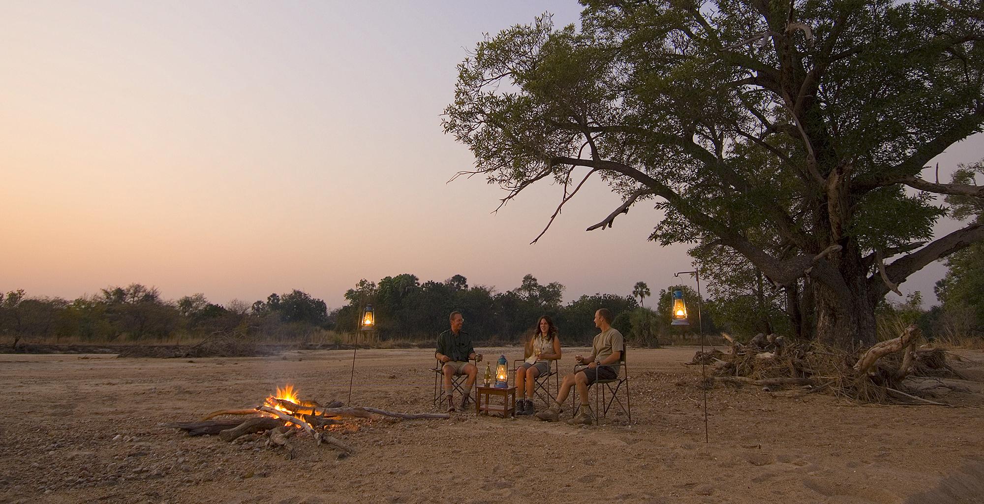 Zambia-Luangwa-Bush-Camp-Fire