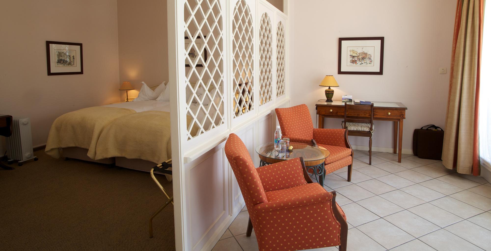 Namibia-Hansa-Hotel-Bedroom-Seats
