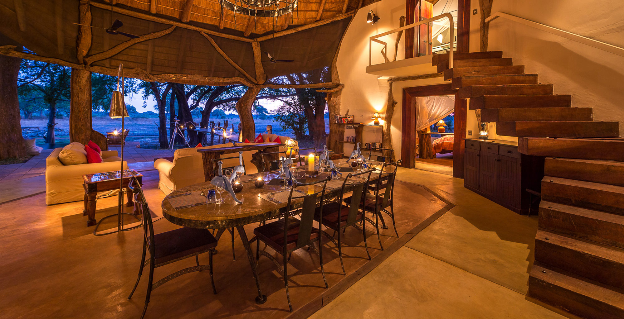 Zambia-Luangwa-Safari-House-Dining