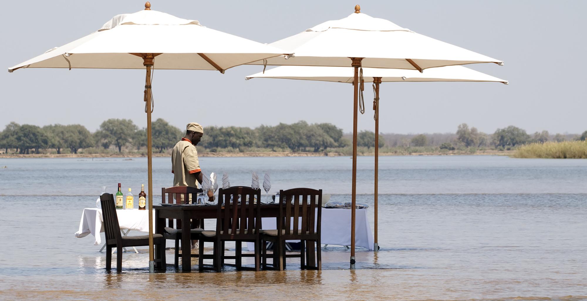 Zambia-Zambezi-Kulefu-Water-Stop