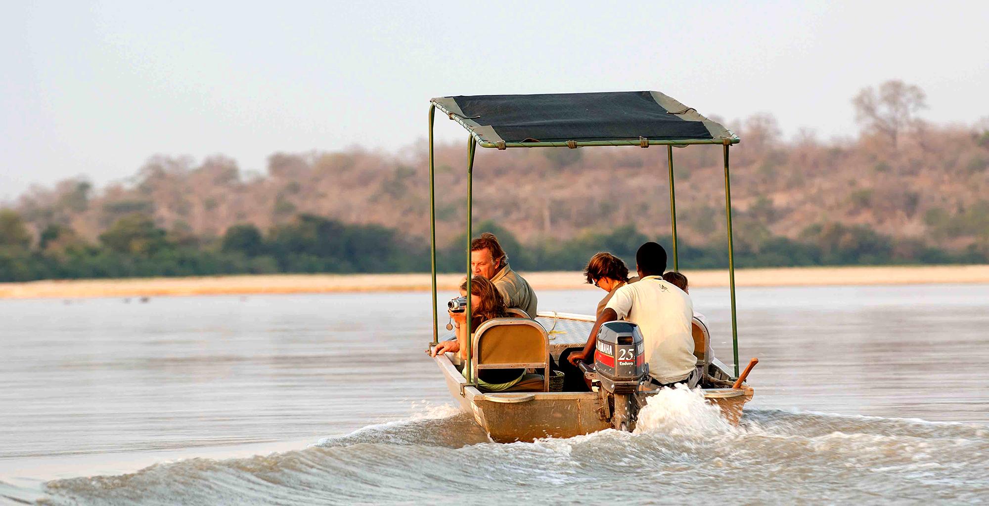 Tanzania-Selous-Walking-Safari-Boating