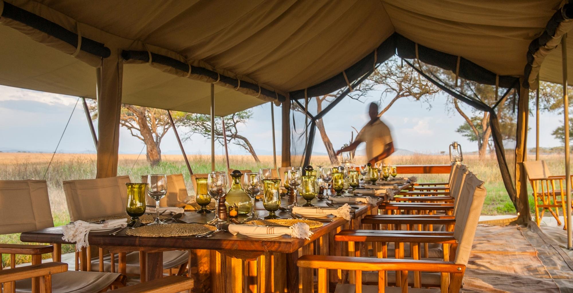 Tanzania-Serengeti-Safari-Camp-Dining