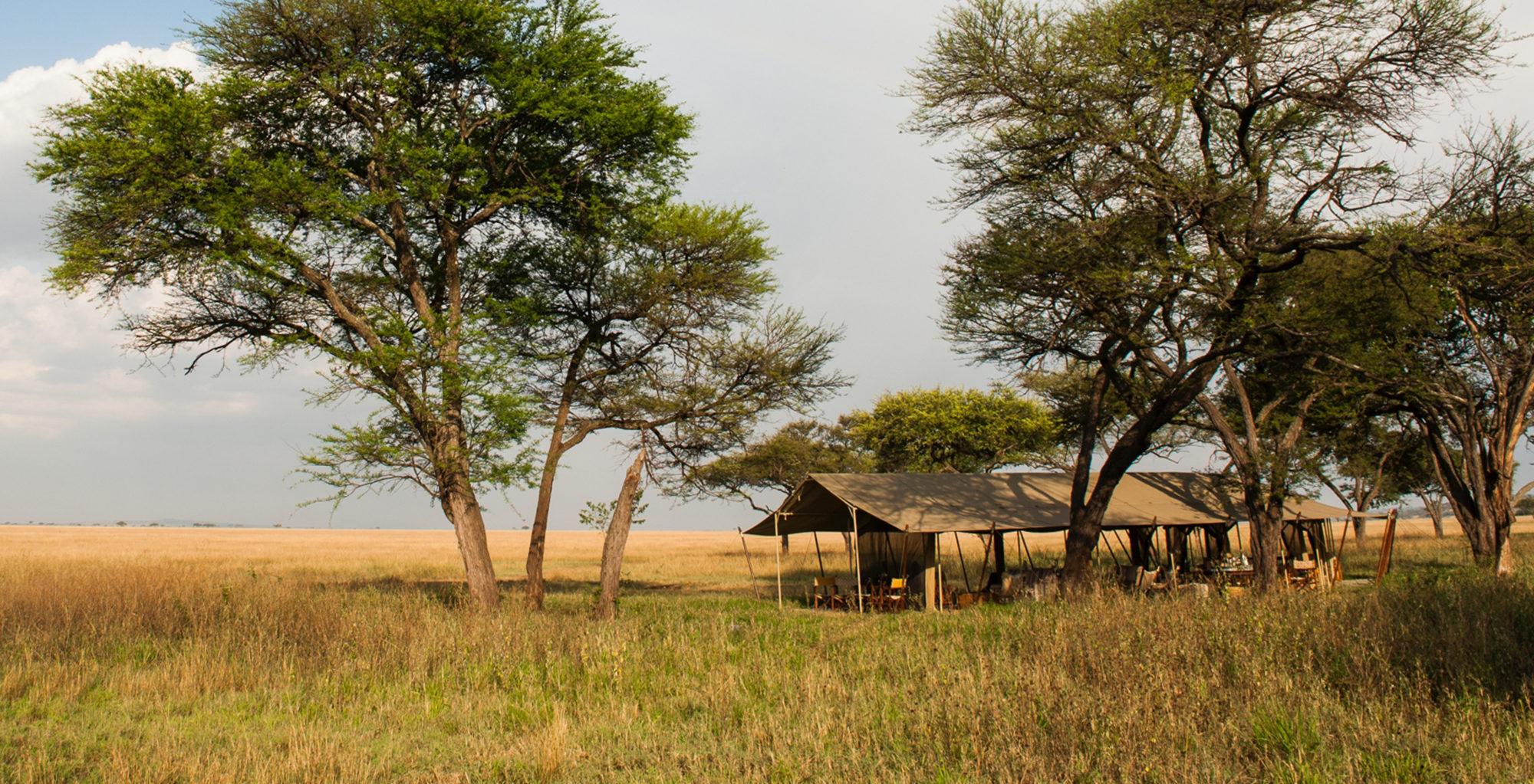 Tanzania-Serengeti-Safari-Camp-Exterior