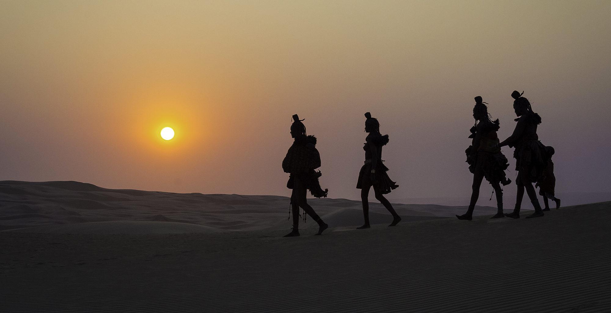 Namibia-Kaokoland-Sunset-Walking