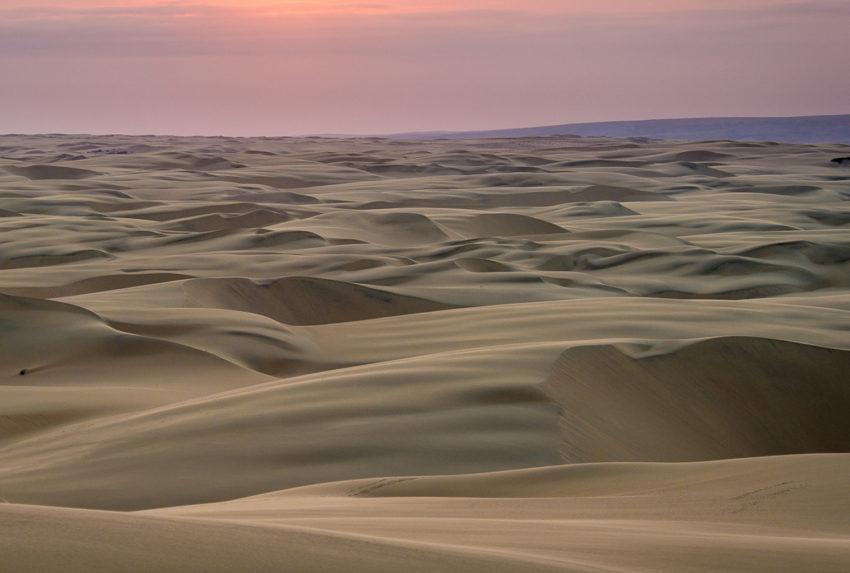 Namibia-Kaokoland-Dunes-Sunset