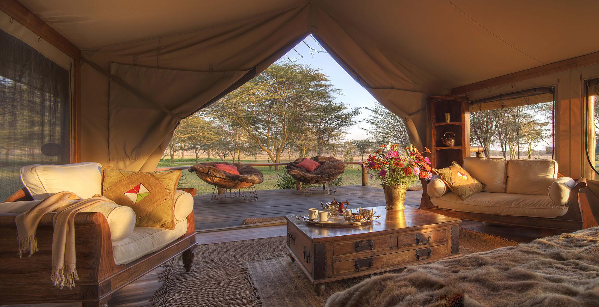 Kenya-Sirikoi-Willies-Camp-Bedroom-View