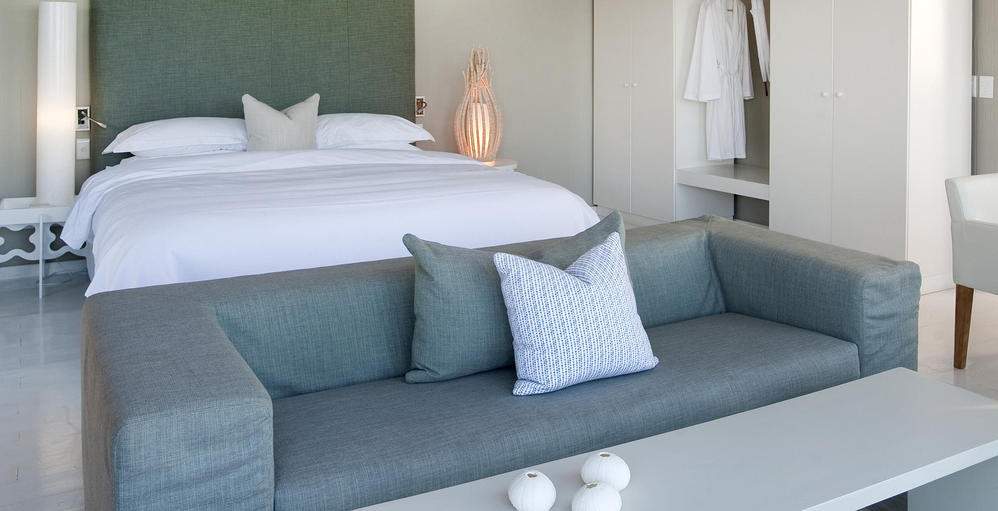 Mozambique-Maputo-Inhambane-White-Pearl-Resort-Bedroom
