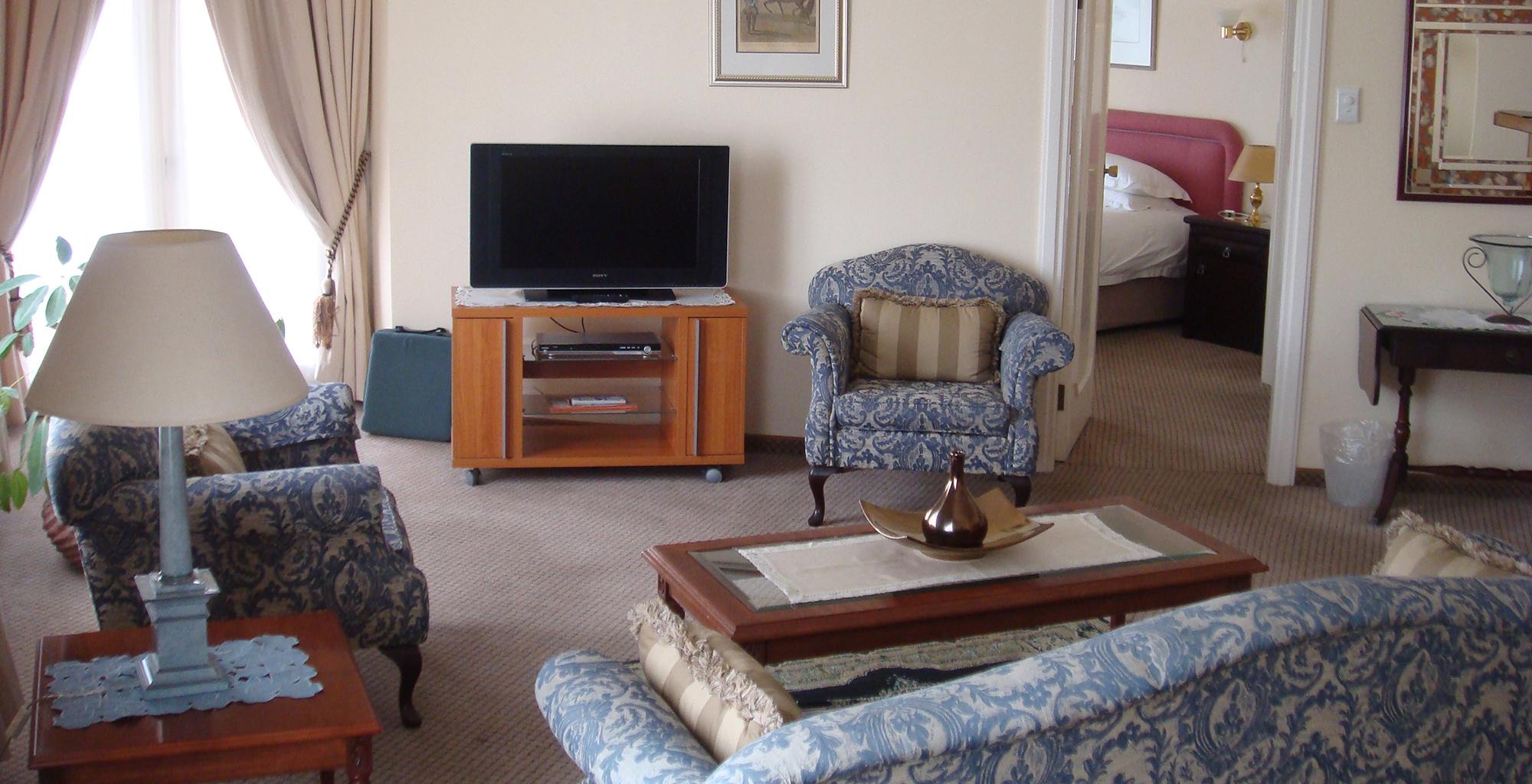 Namibia-Hansa-Hotel-Living-Room