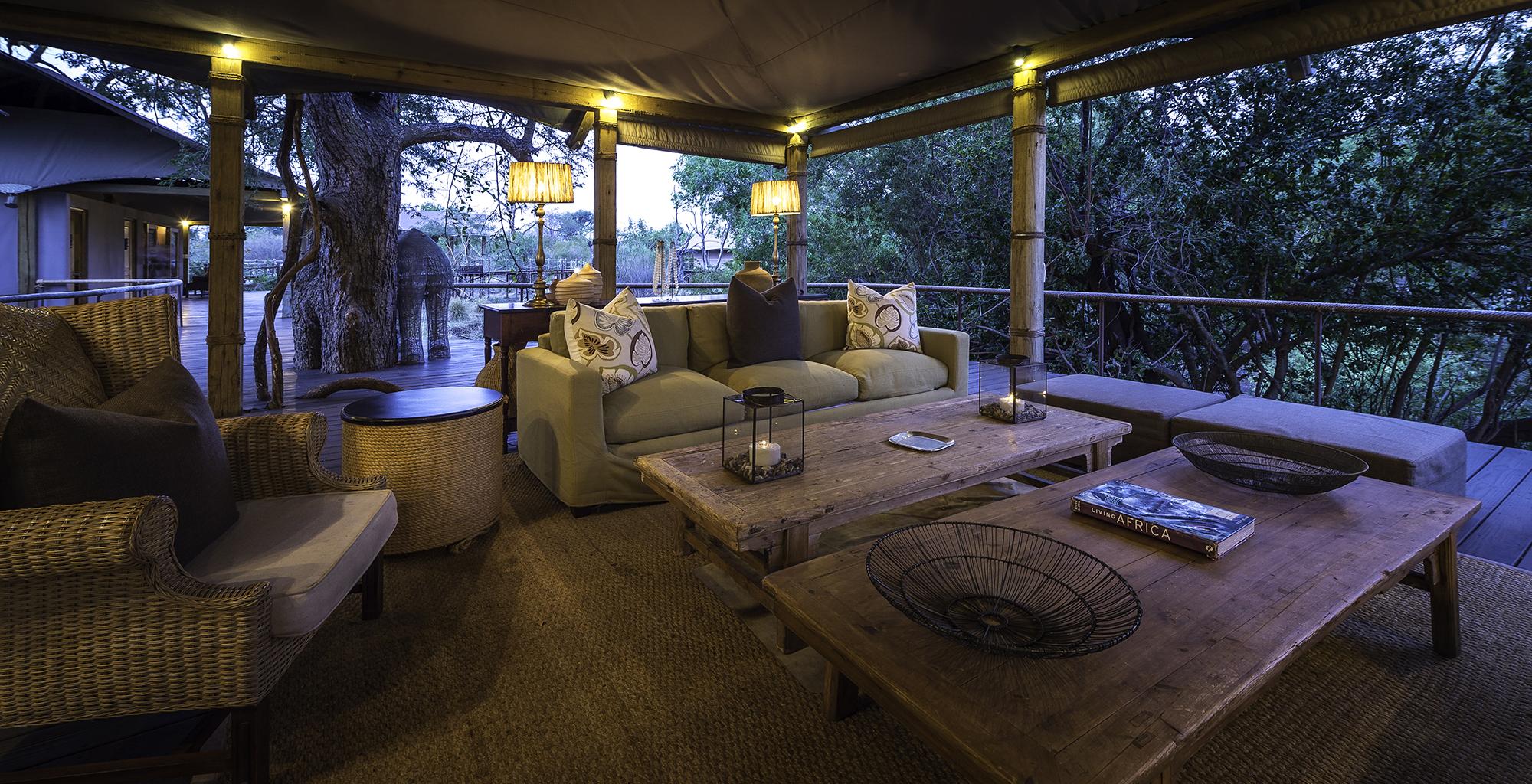 Zambia-Toka-Leya-Lounge