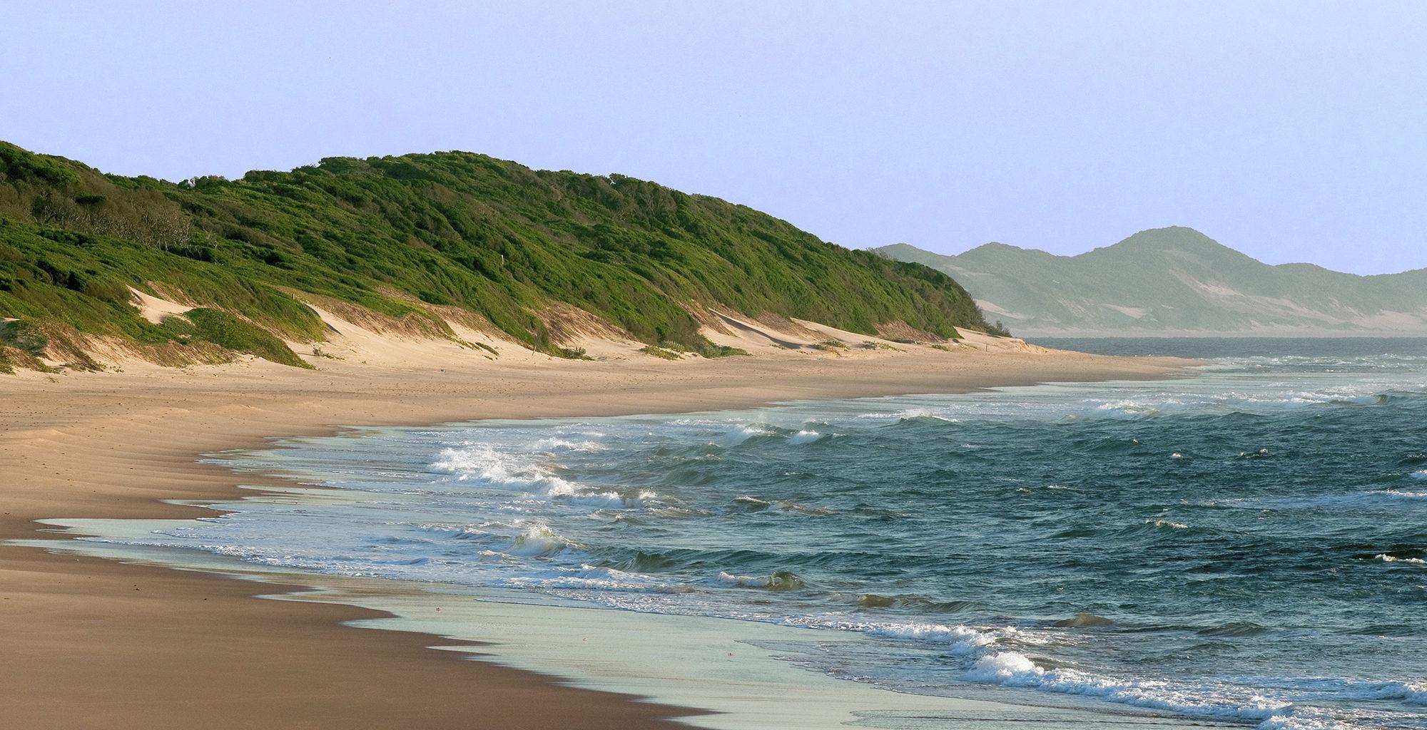 Mozambique-Maputo-Inhambane-Beach