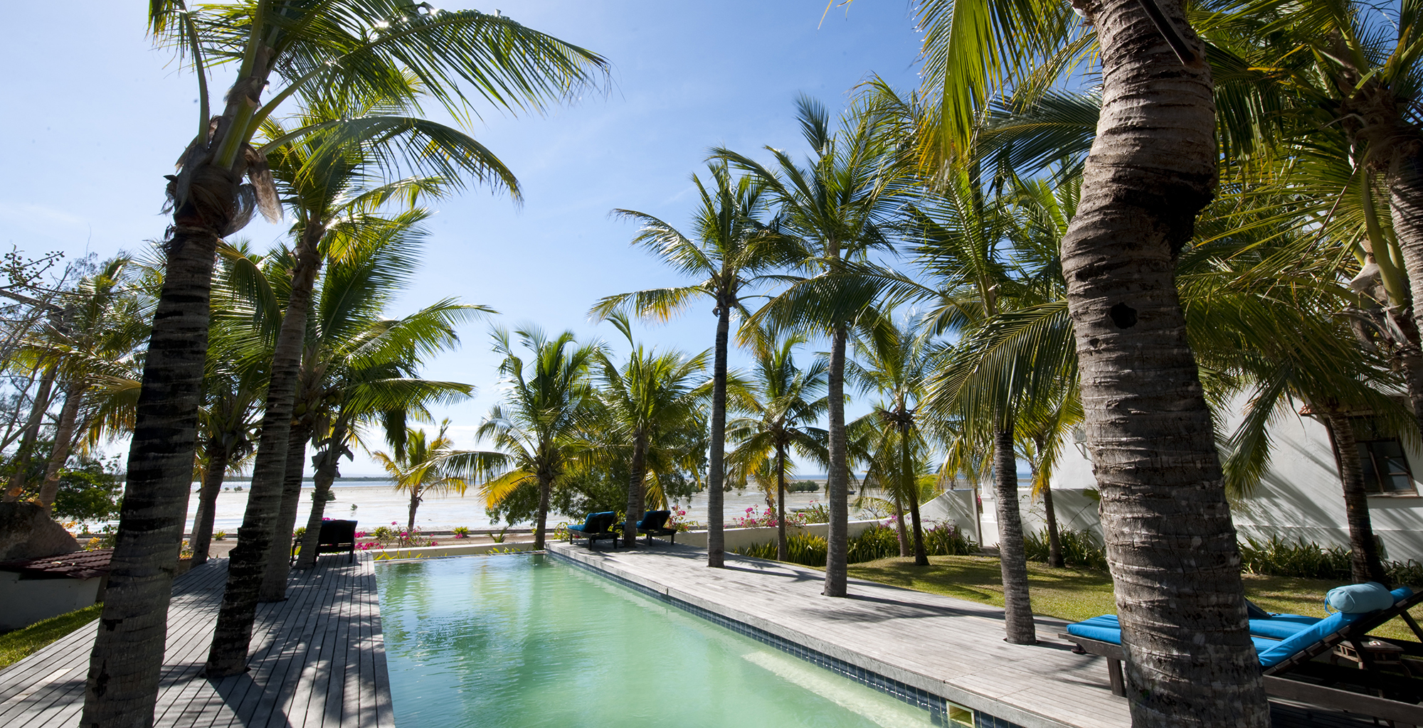 Mozambique-Ibo-Island-Lodge-Swimming-Pool