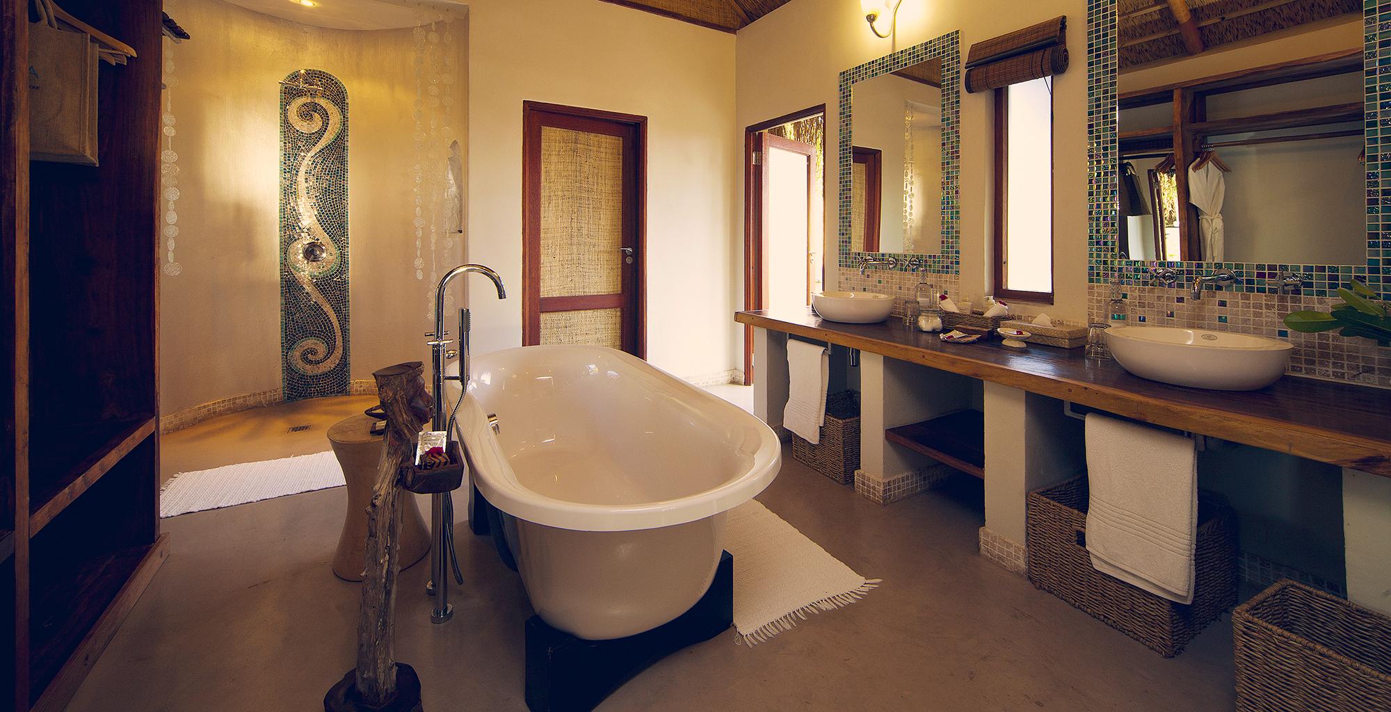 Mozambique-Bazaruto-Archipelago-Azura-Benguerra-Bathroom
