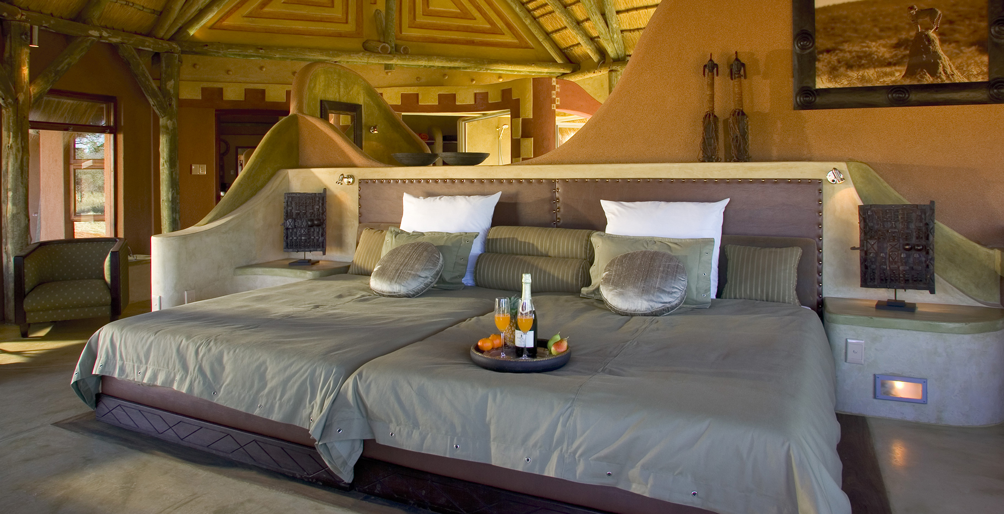Namibia-Okonjima-Bush-Suite-Bedroom