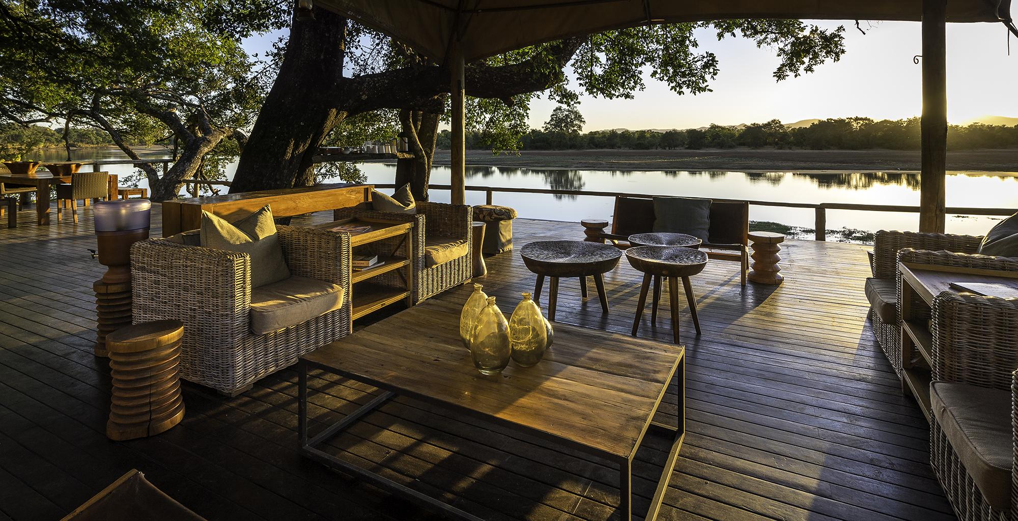 Zambia-Chindeni-Camp-Deck-Lounge