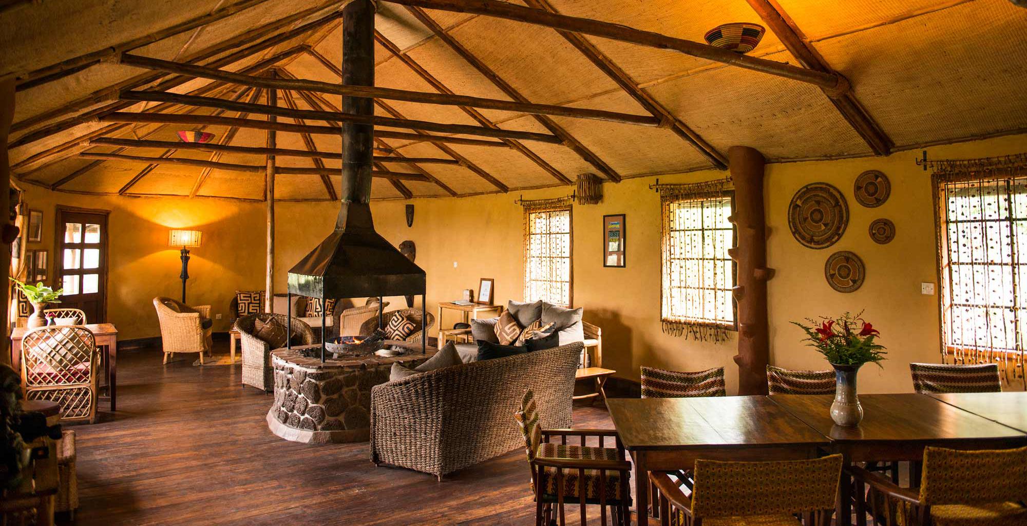 Uganda-Mount-Gahinga-Lounge-Dining