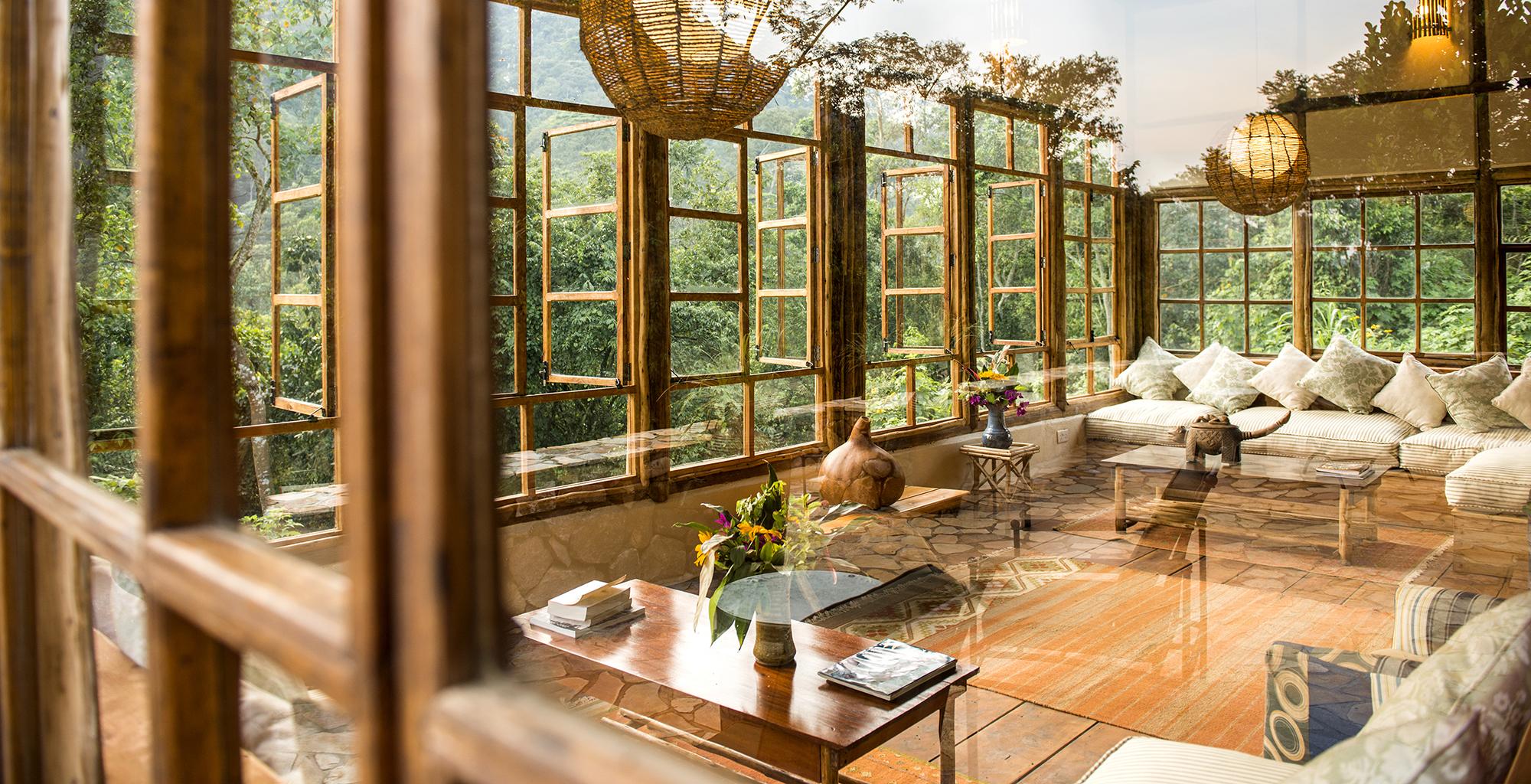 Uganda-Bwindi-Lodge-Lounge