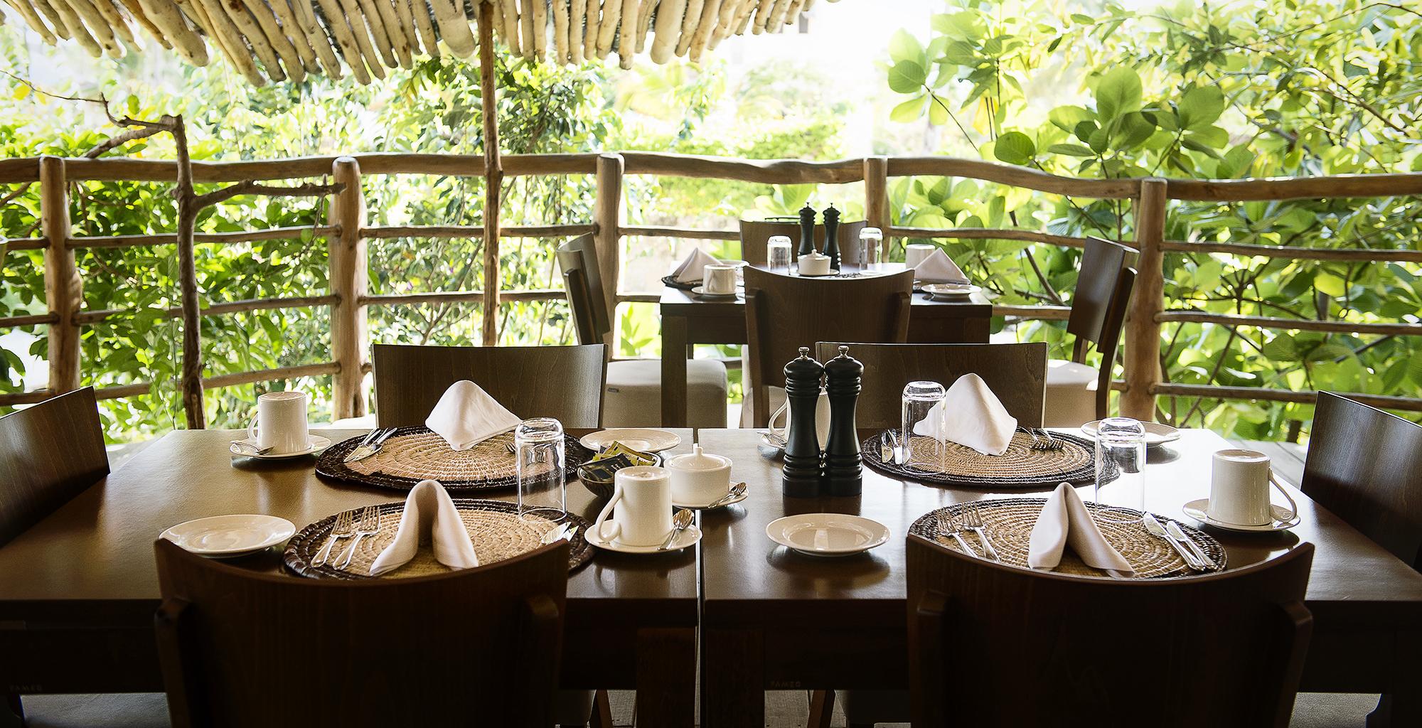 Tanzania-White-Sand-Villas-Dining