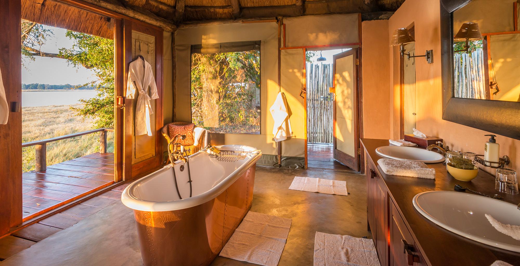 Zambia-Royal-Zambezi-Bathroom