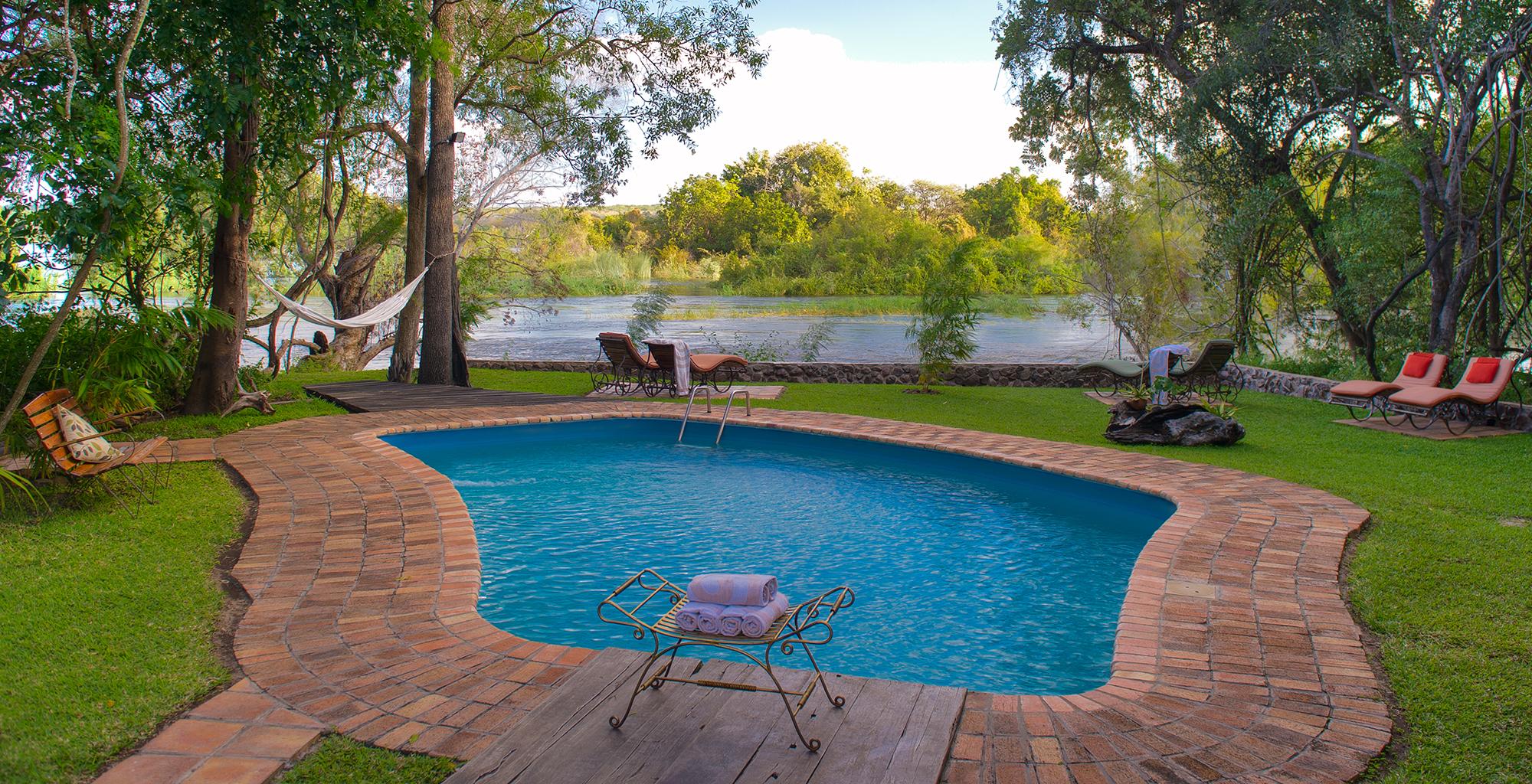 Zambia-Islands-of-Siankaba-Pool