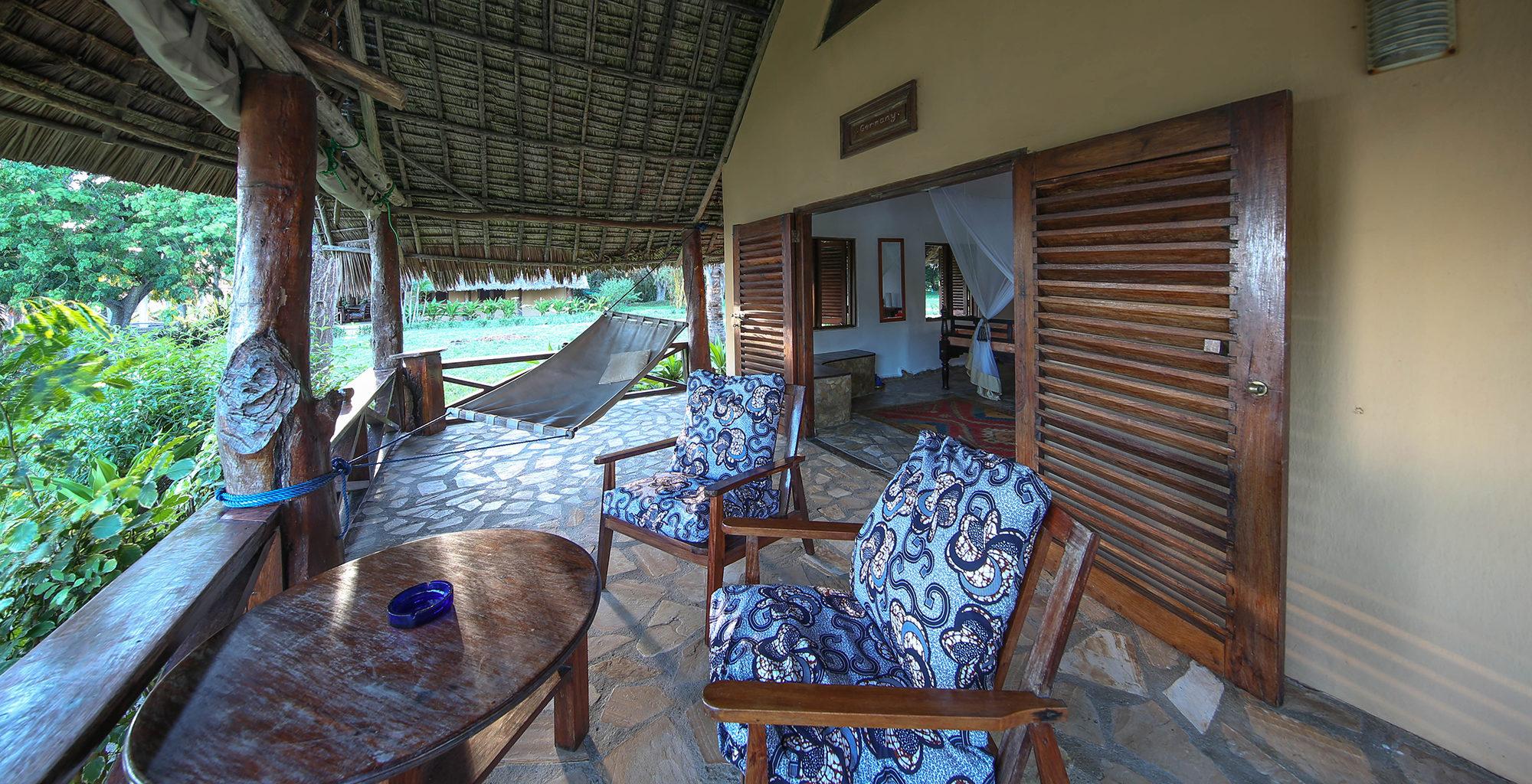 Tanzania-Kinasi-Mafia-Deck