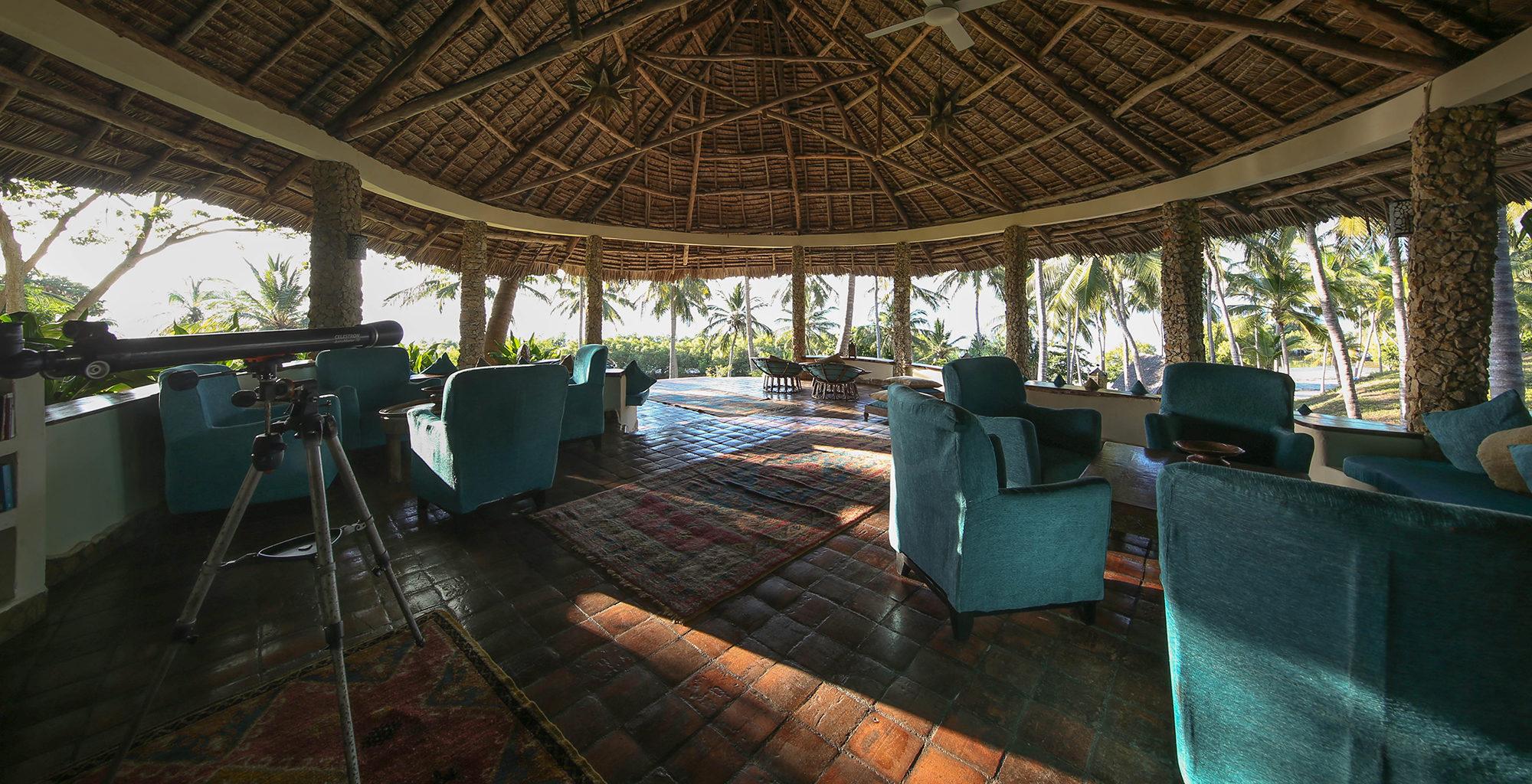Tanzania-Kinasi-Mafia-Lounge