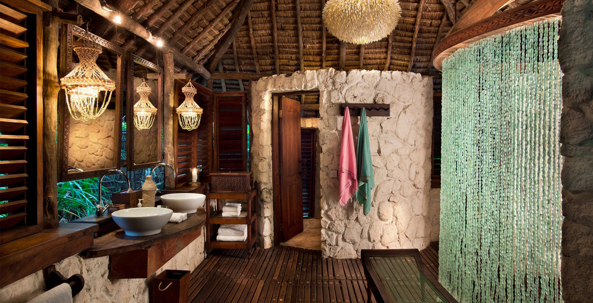 Tanzania-Mnemba-Island-Lodge-Bathroom
