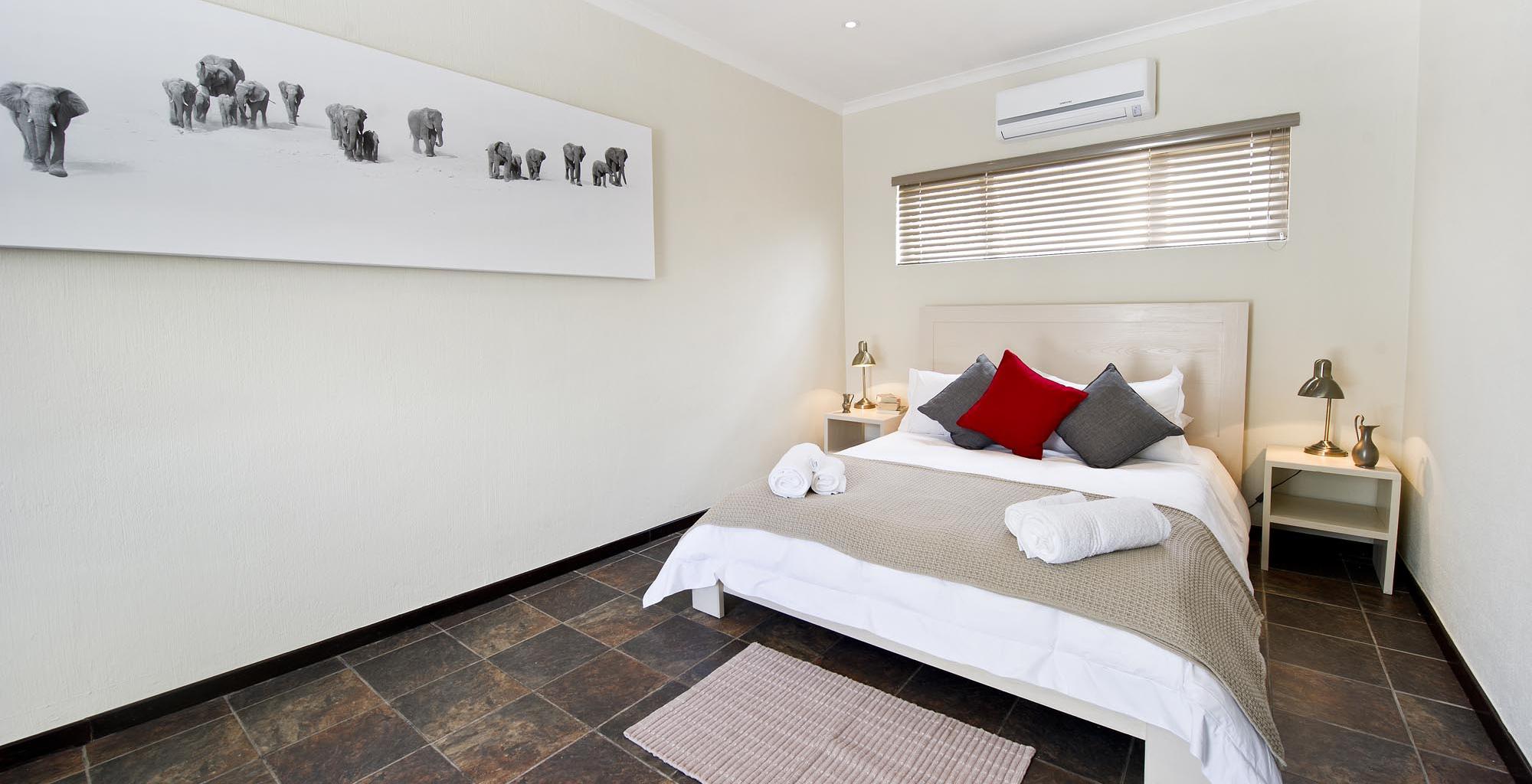 Namibia-Galton-House-Bedroom