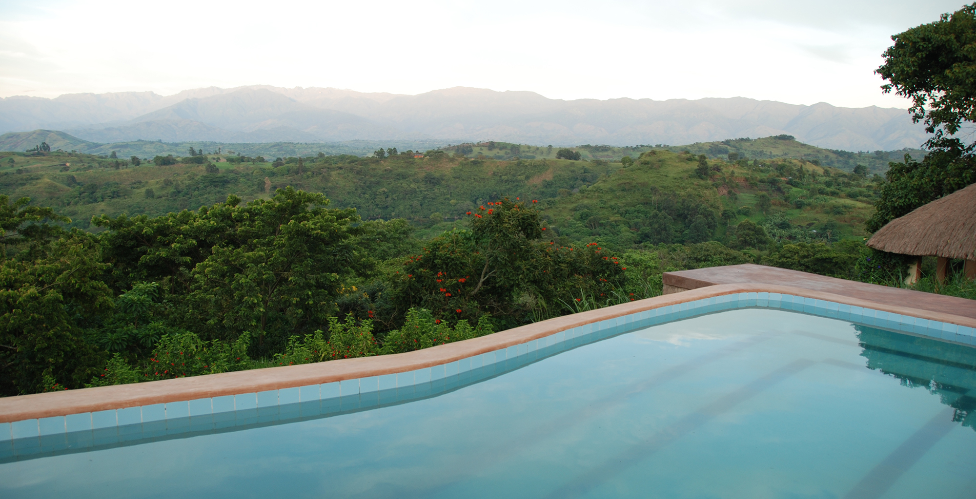 Uganda-Ndali-Lodge-Pool