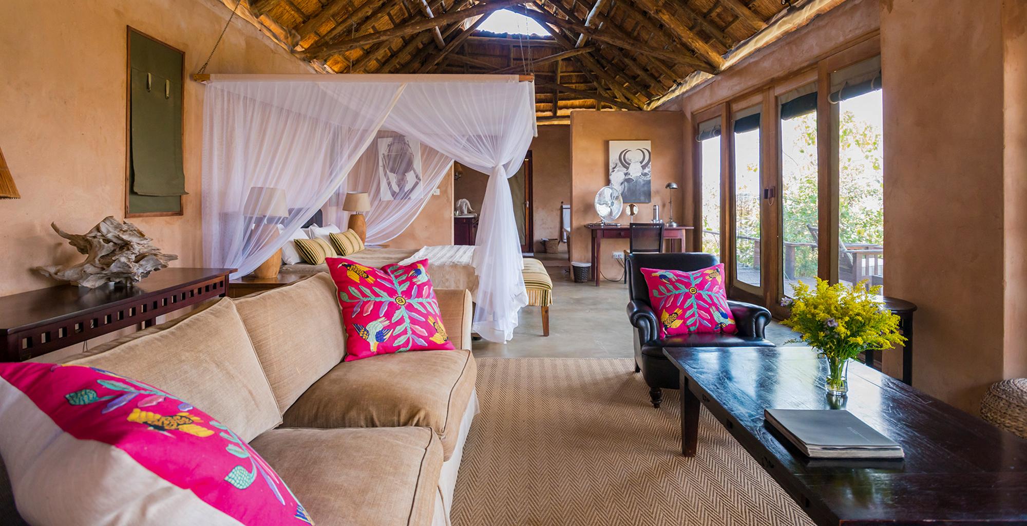 Zambia-Royal-Zambezi-Bedroom-Lounge