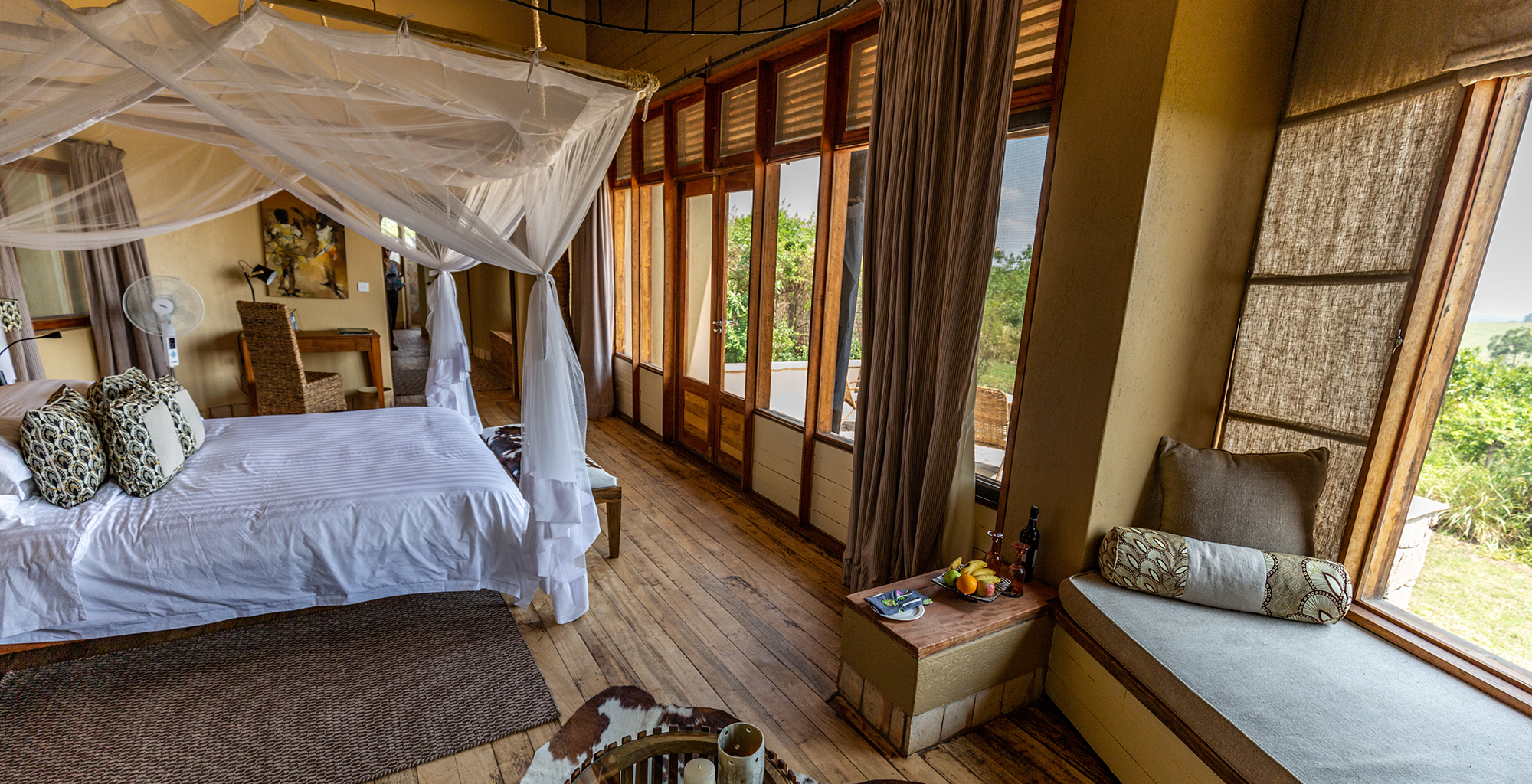 Uganda-Kyambura-Gorge-Bedroom
