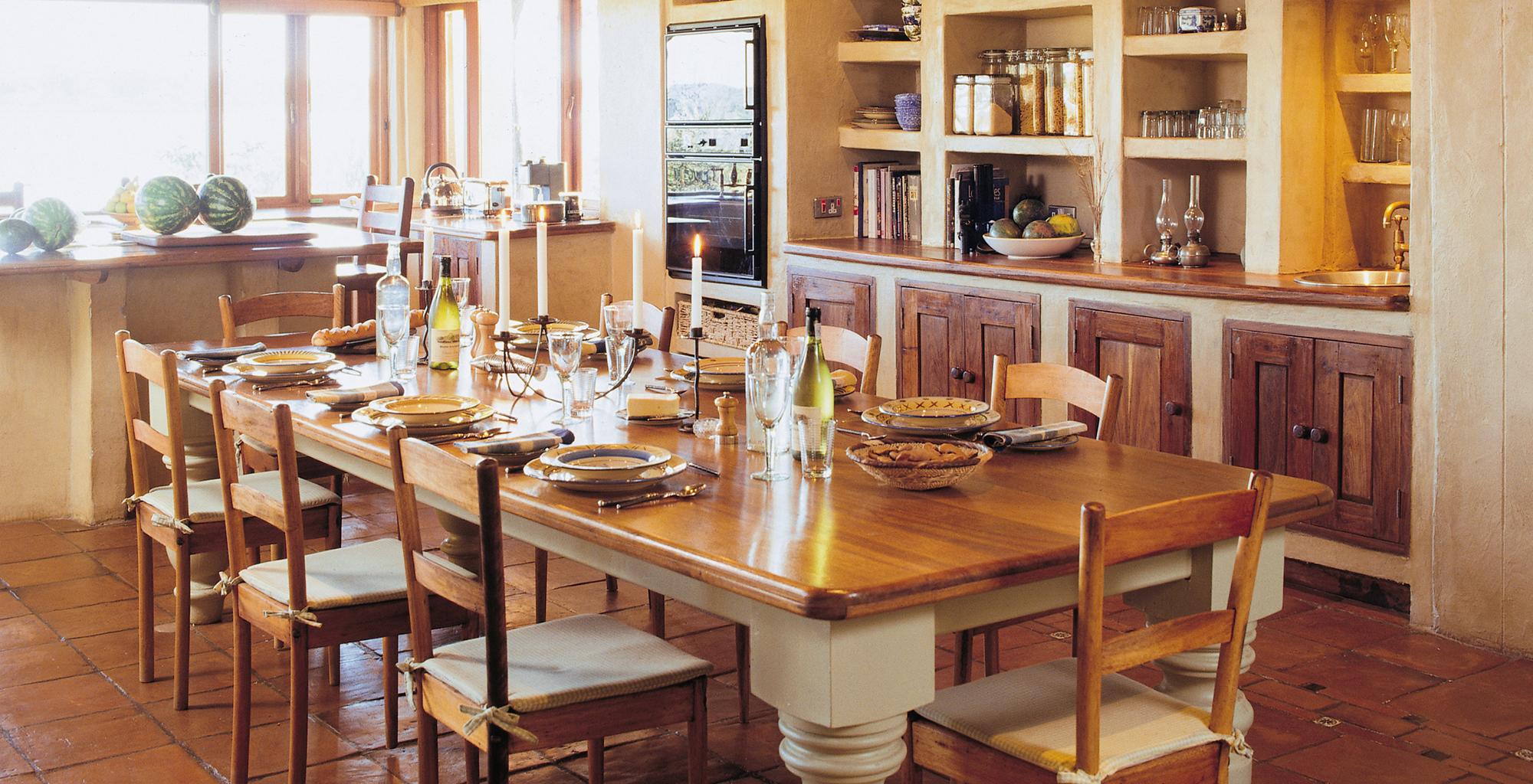 Zambia-Tangala-House-Dining