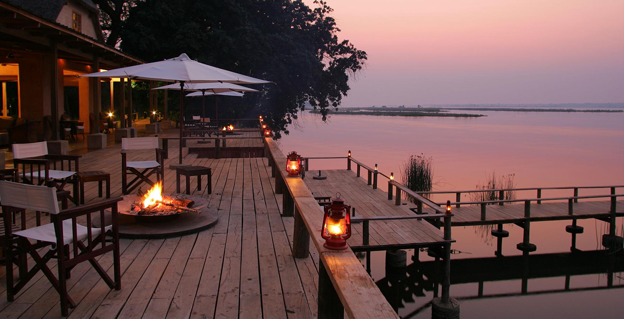 Zambia-Royal-Zambezi-Deck-Sunset