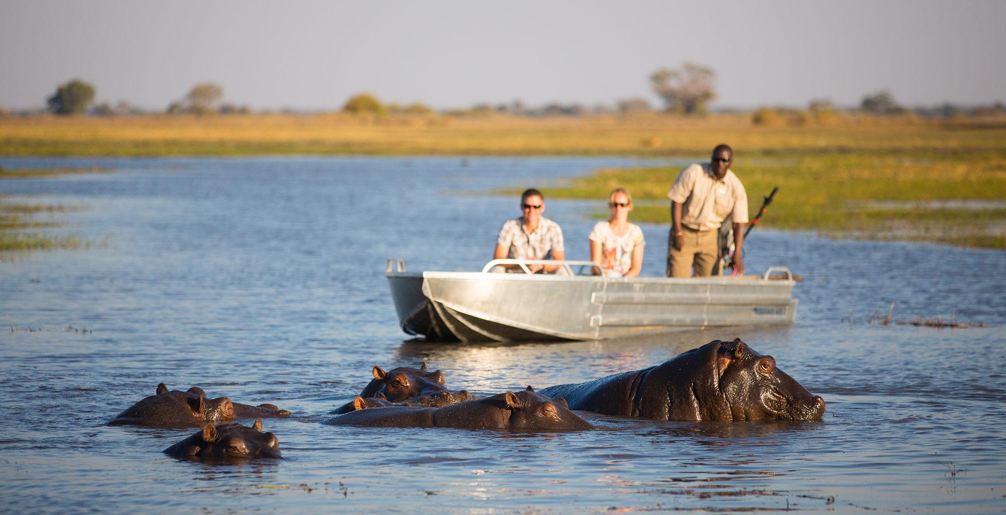 Zambia-Kafue-National-Park-Boating