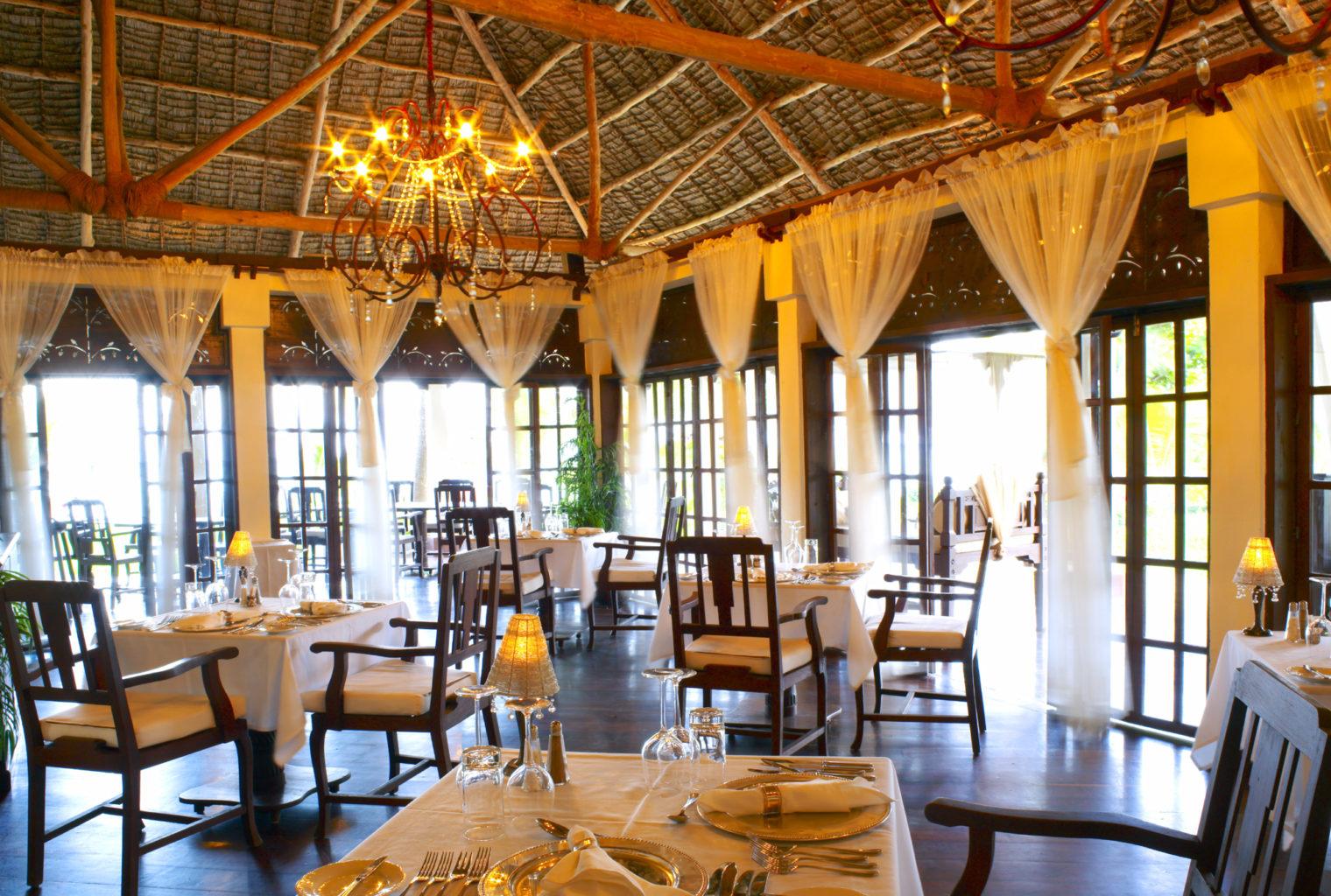 The Palms Hotel Tanzania Restaurant