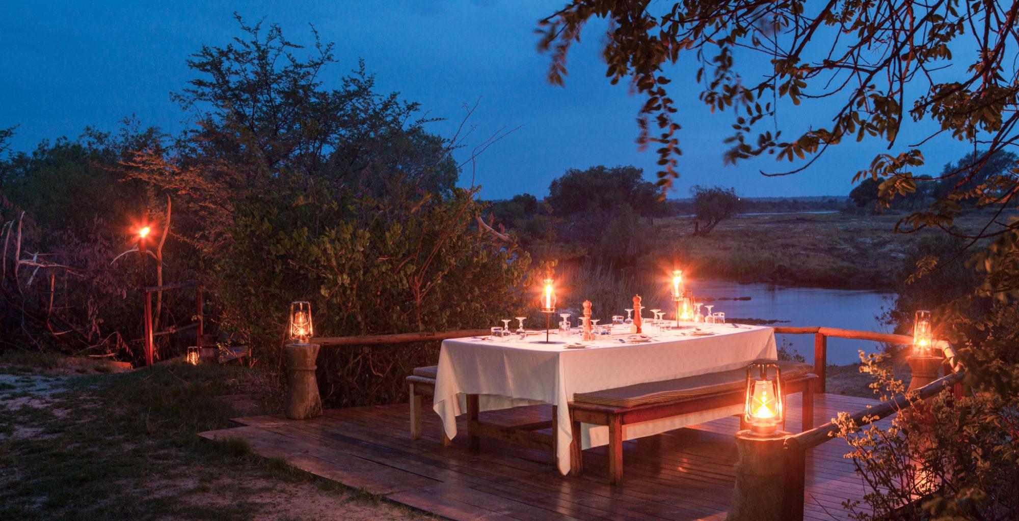 Sindabezi Island Camp outside dining