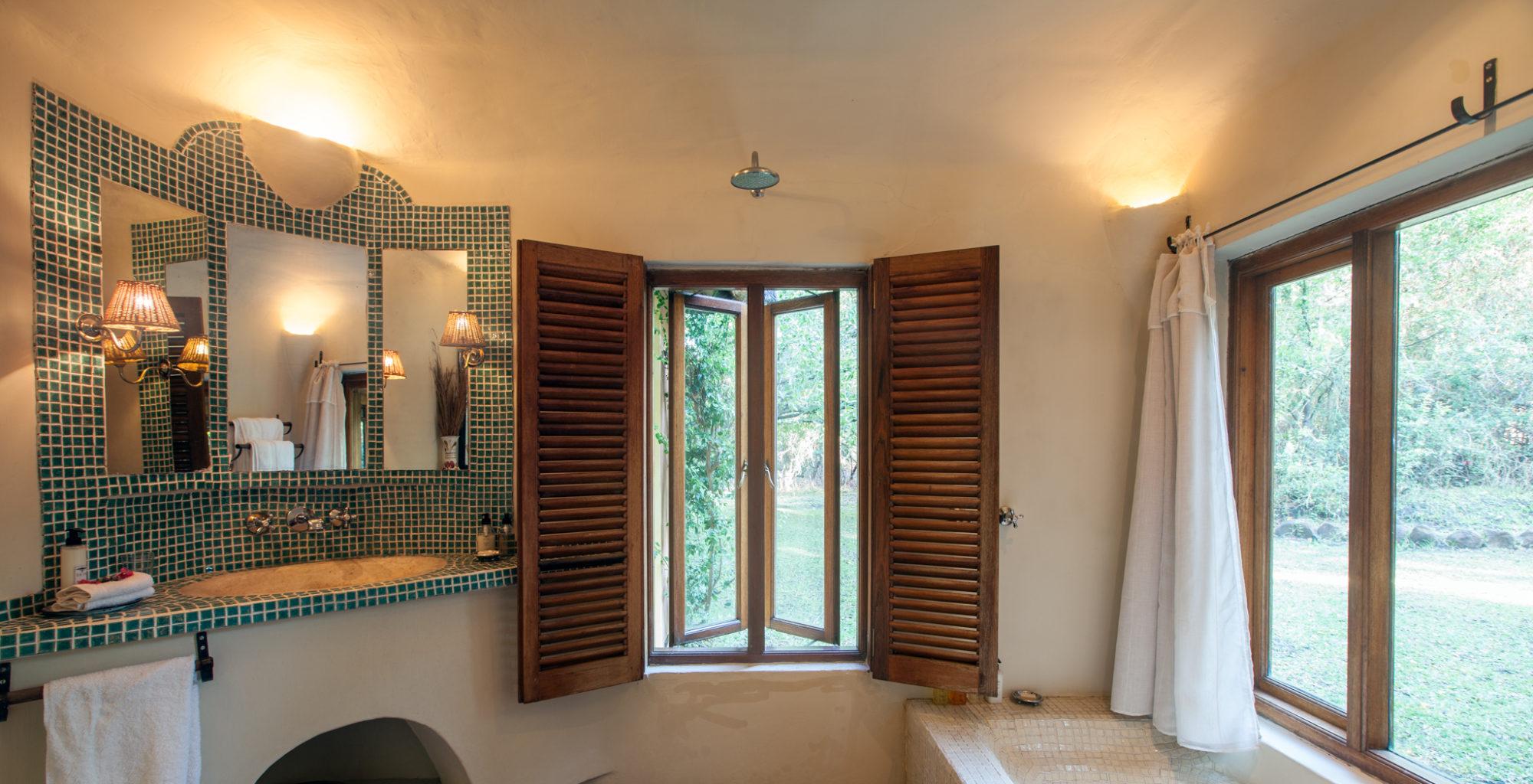Tangala House Zambia Bathroom