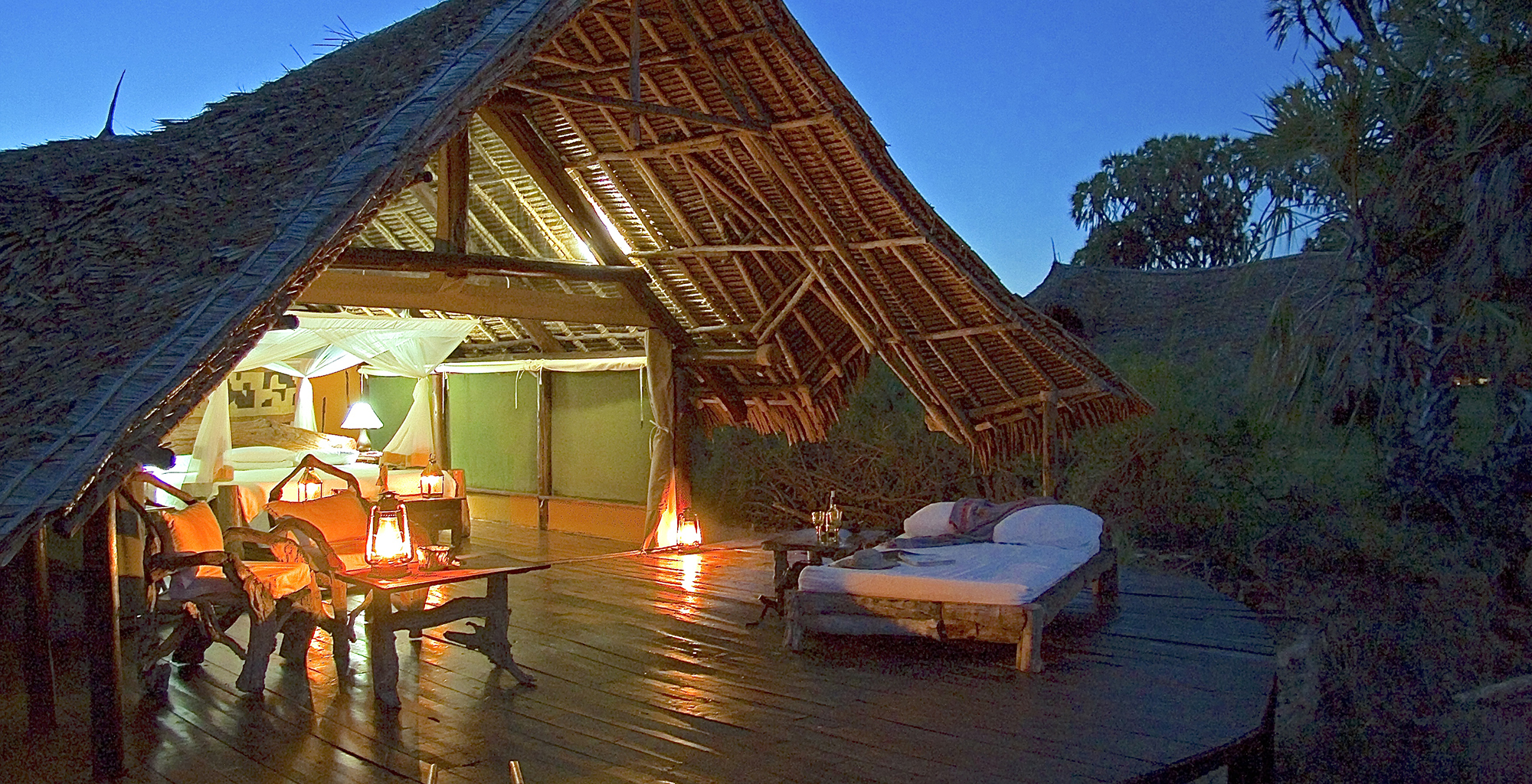 Kenya-Galdessa-Deck-Evening