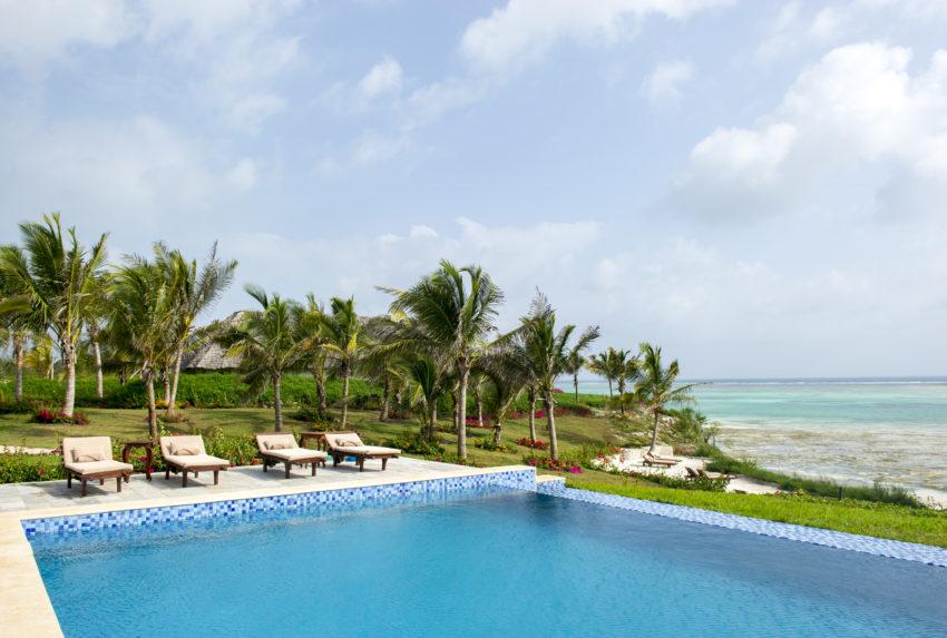 Zawadi Tanzania Pool Chairs