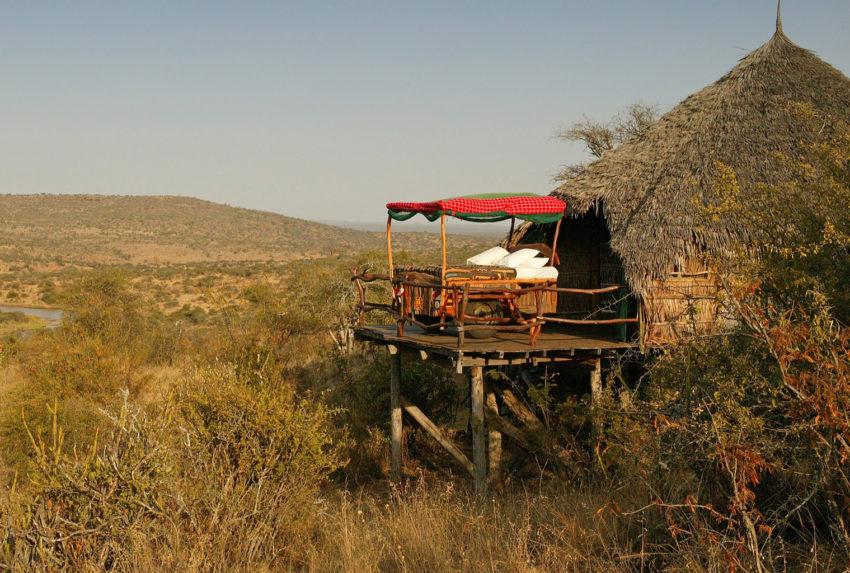 Kenya-Loisaba-Star-Beds-Exterior