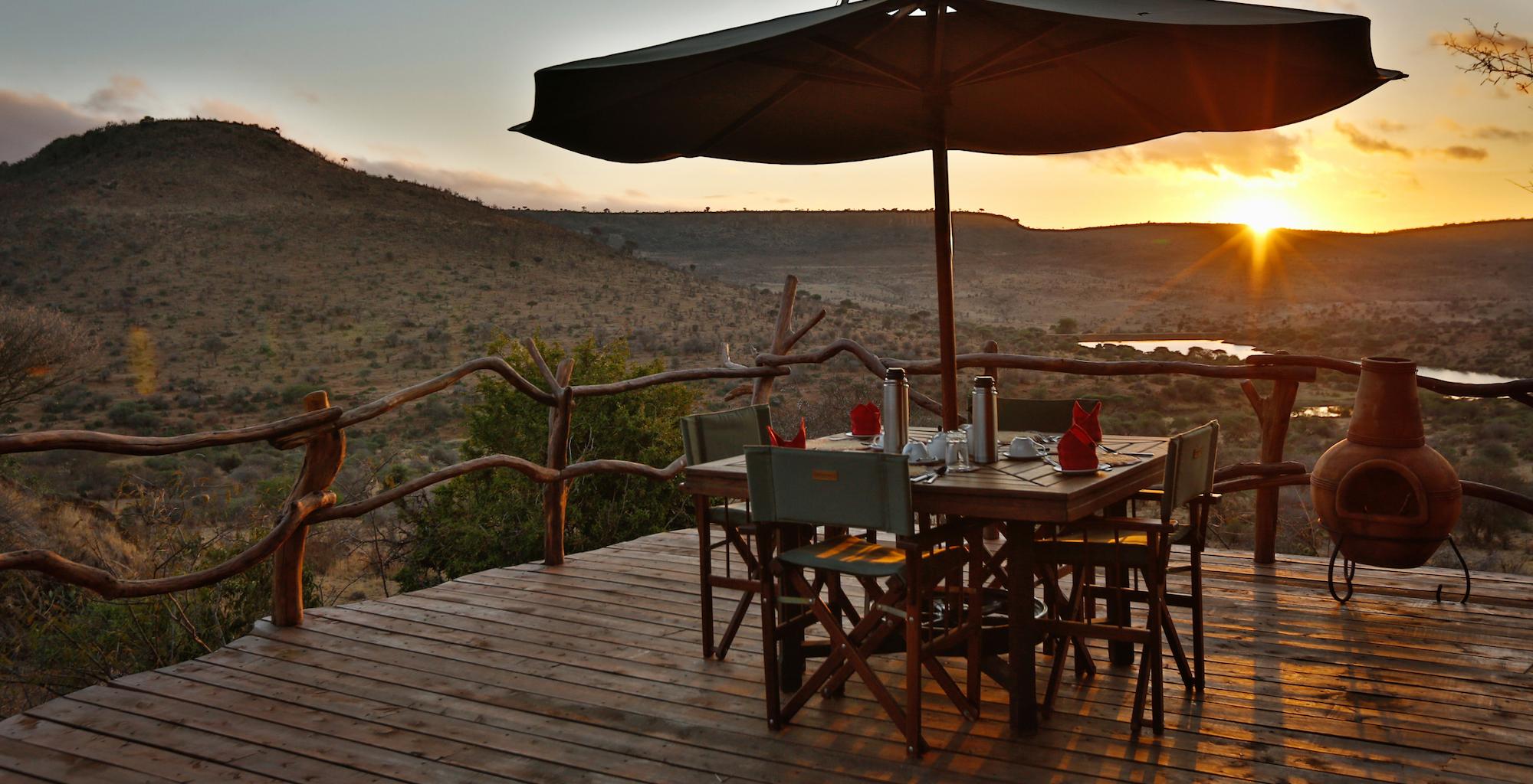 Kenya-Loisaba-Star-Beds-Outdoor-Dining