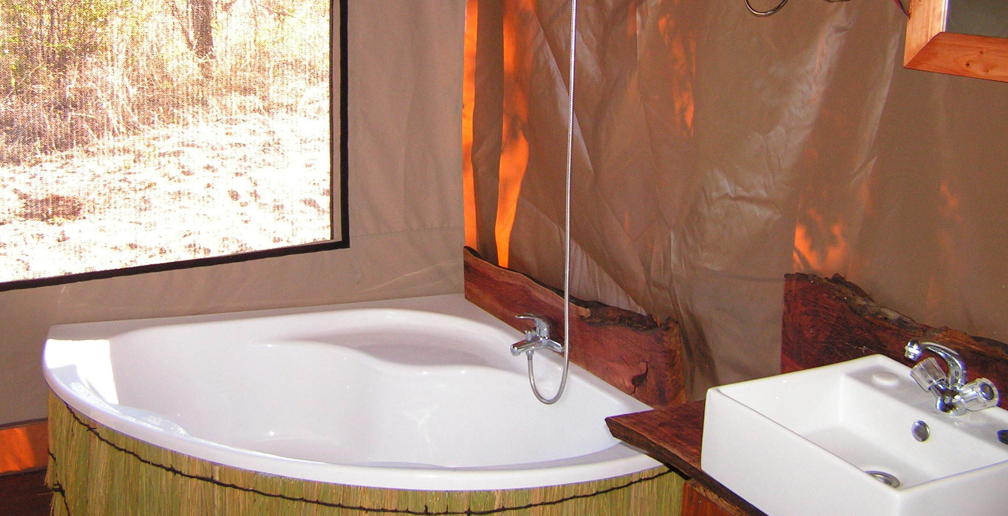 Namibia-Nhoma-Safari-Bathroom
