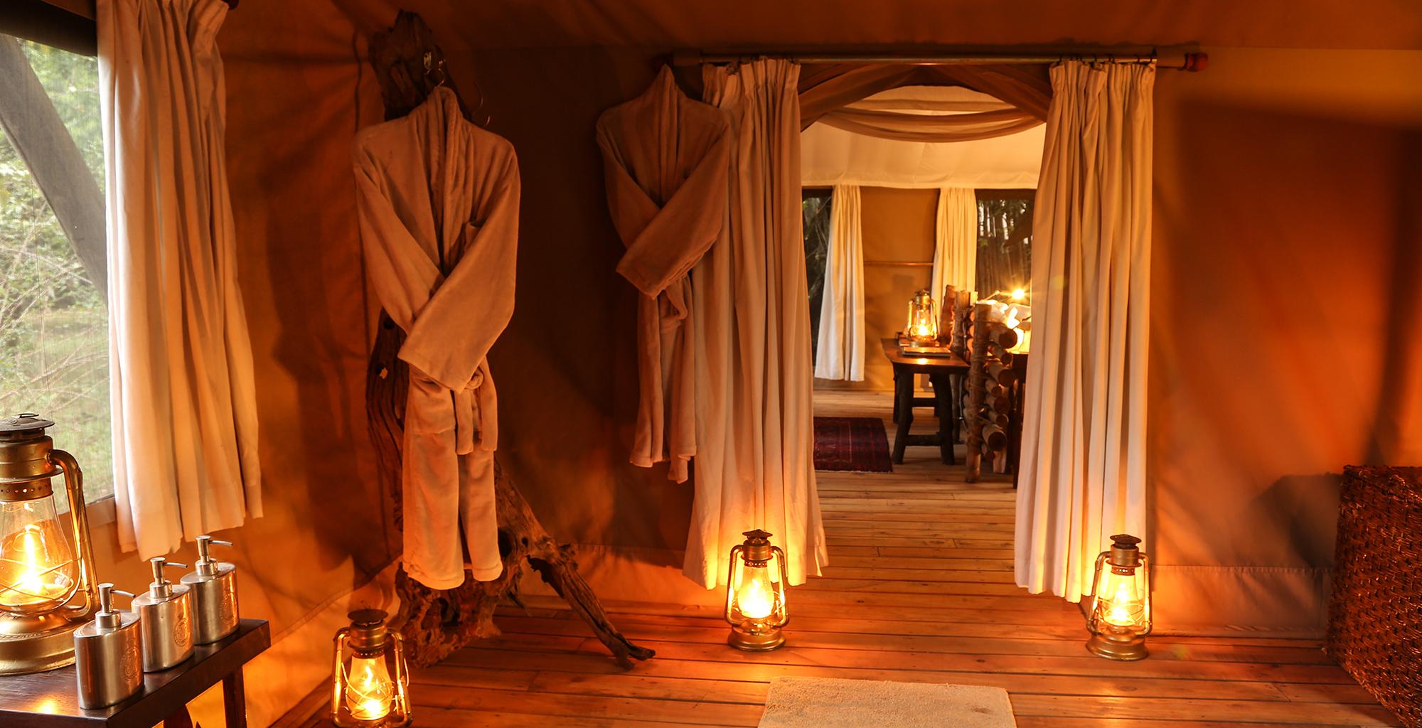 Kenya-Mara-Expedition-Camp-Bathroom