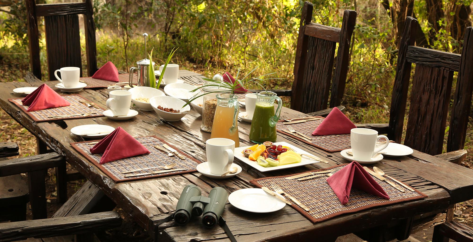 Kenya-Mara-Expedition-Camp-Dining