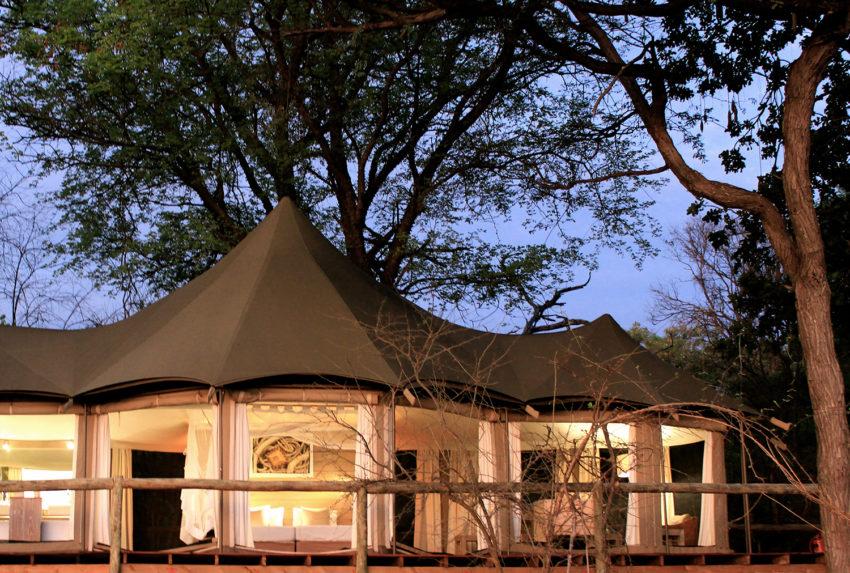 Namibia-Nambwa-Lodge-Exterior-Light
