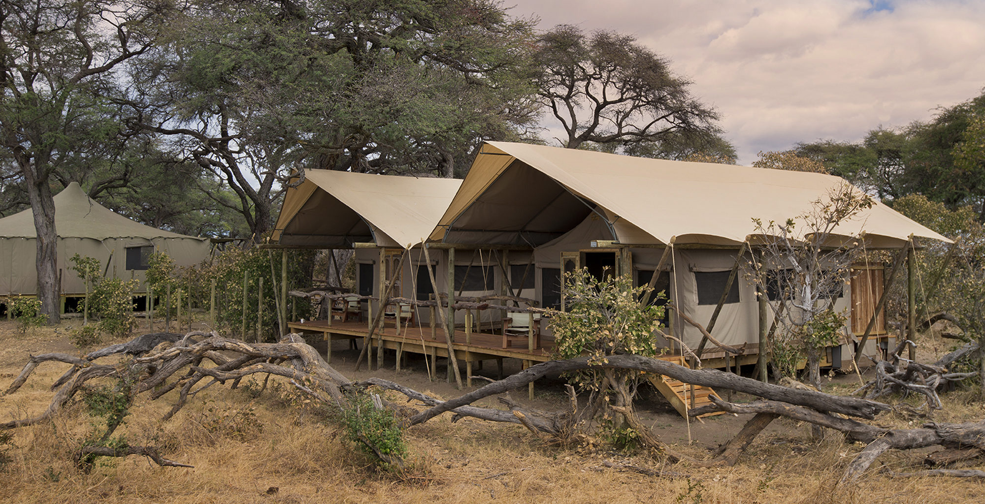 Zimbabwe-Somalisa-Expeditions-Exterior