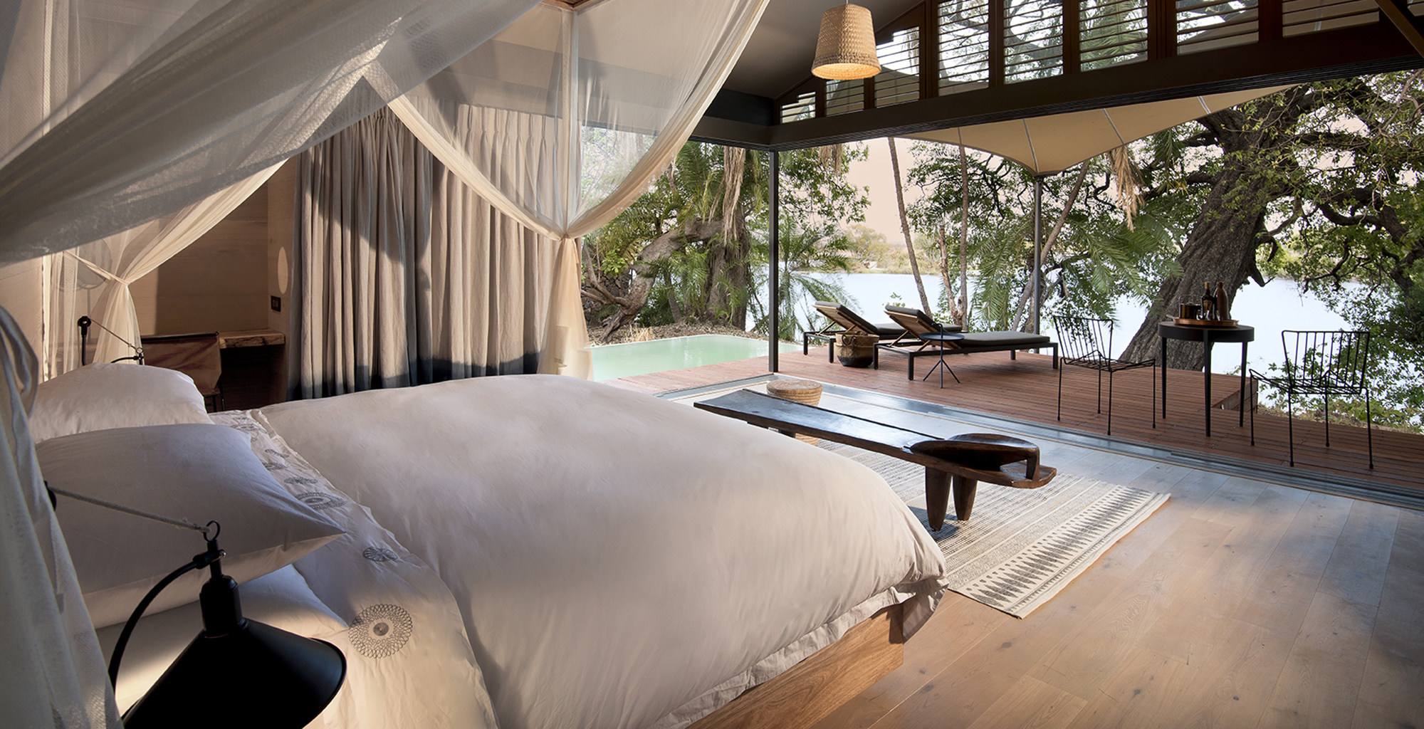 Zambia-Thorntree-River-Lodge-Bedroom