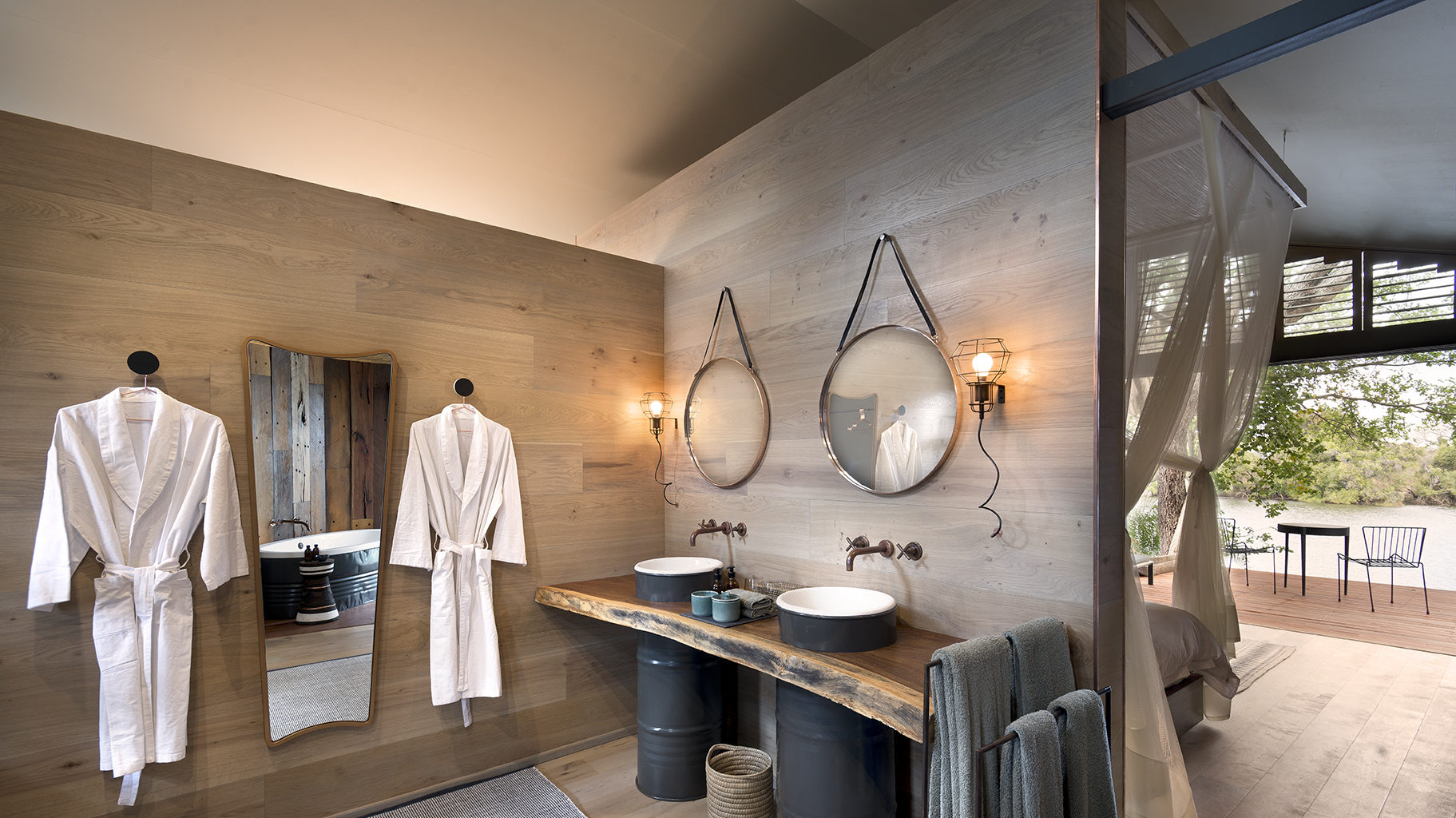Thorntree River Lodge Zambia Bathroom