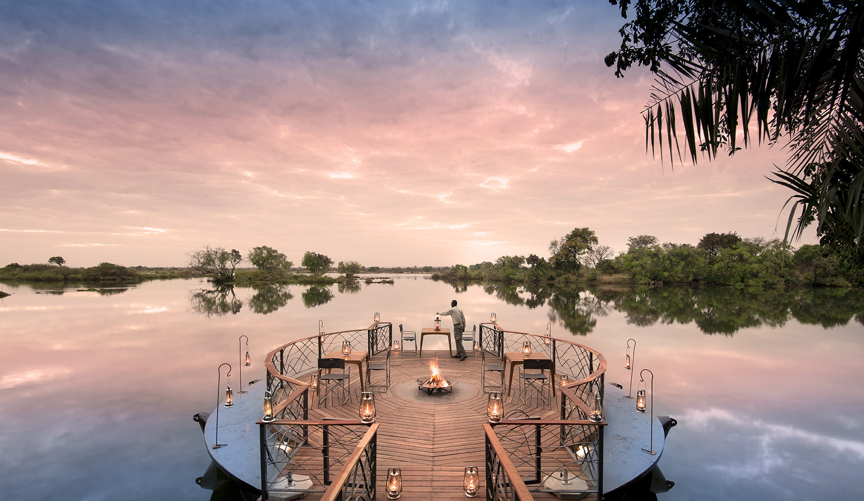 Thorntree River Lodge Zambia Deck