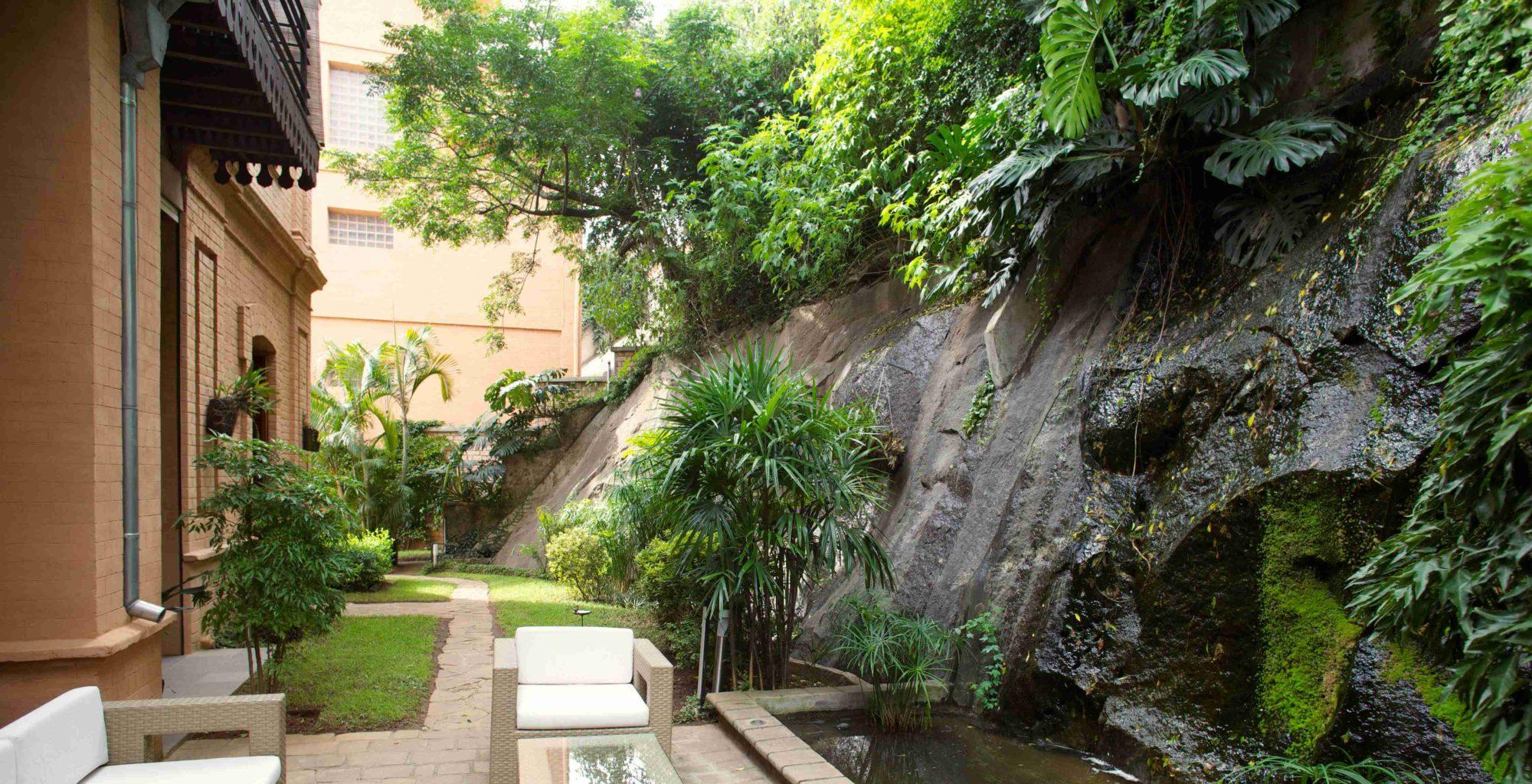 Maison Gallieni Madagascar Garden